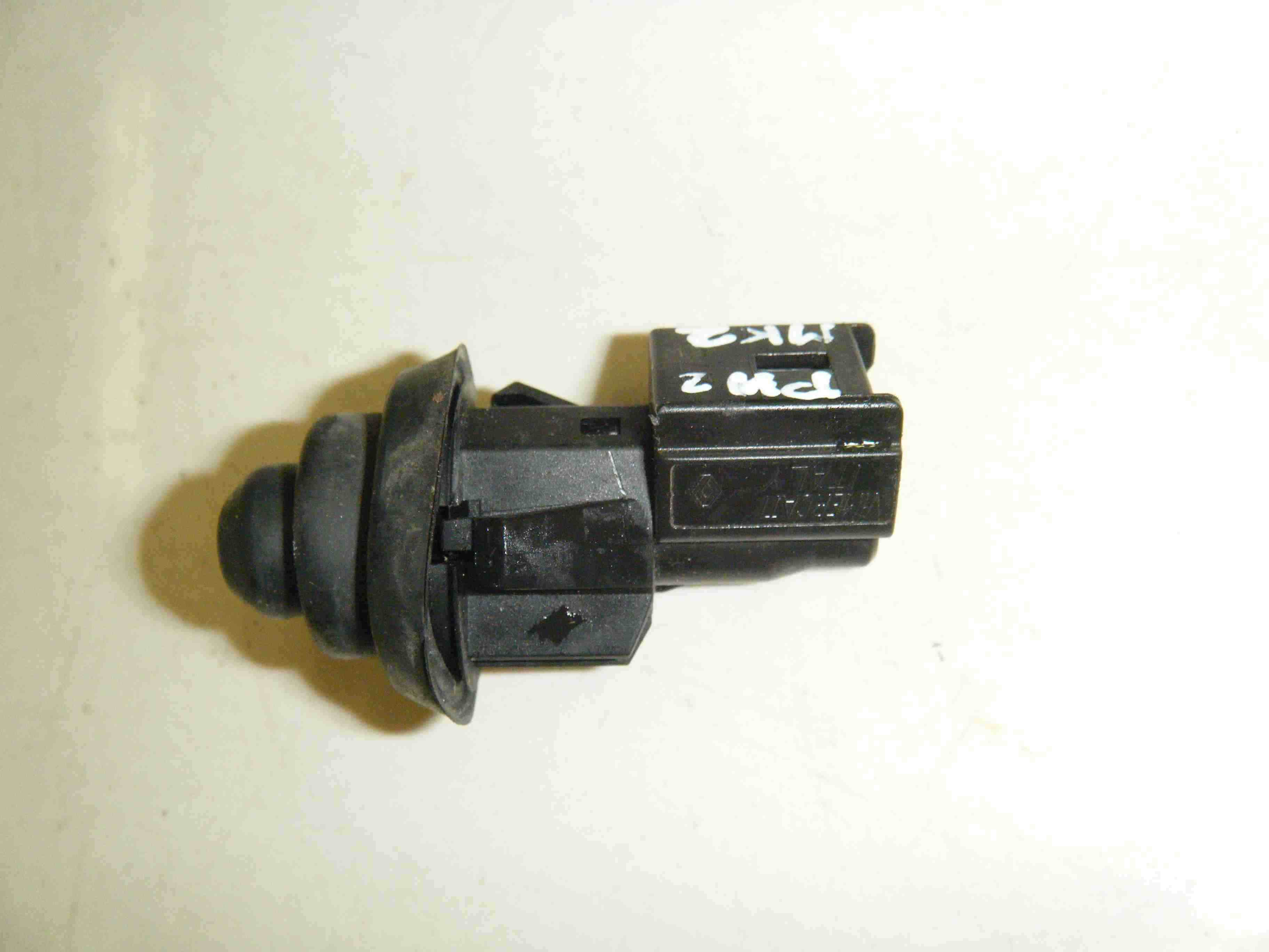 Renault Clio Scenic Kangoo 1998-2006 Door Open Sensor Switch Interior Light