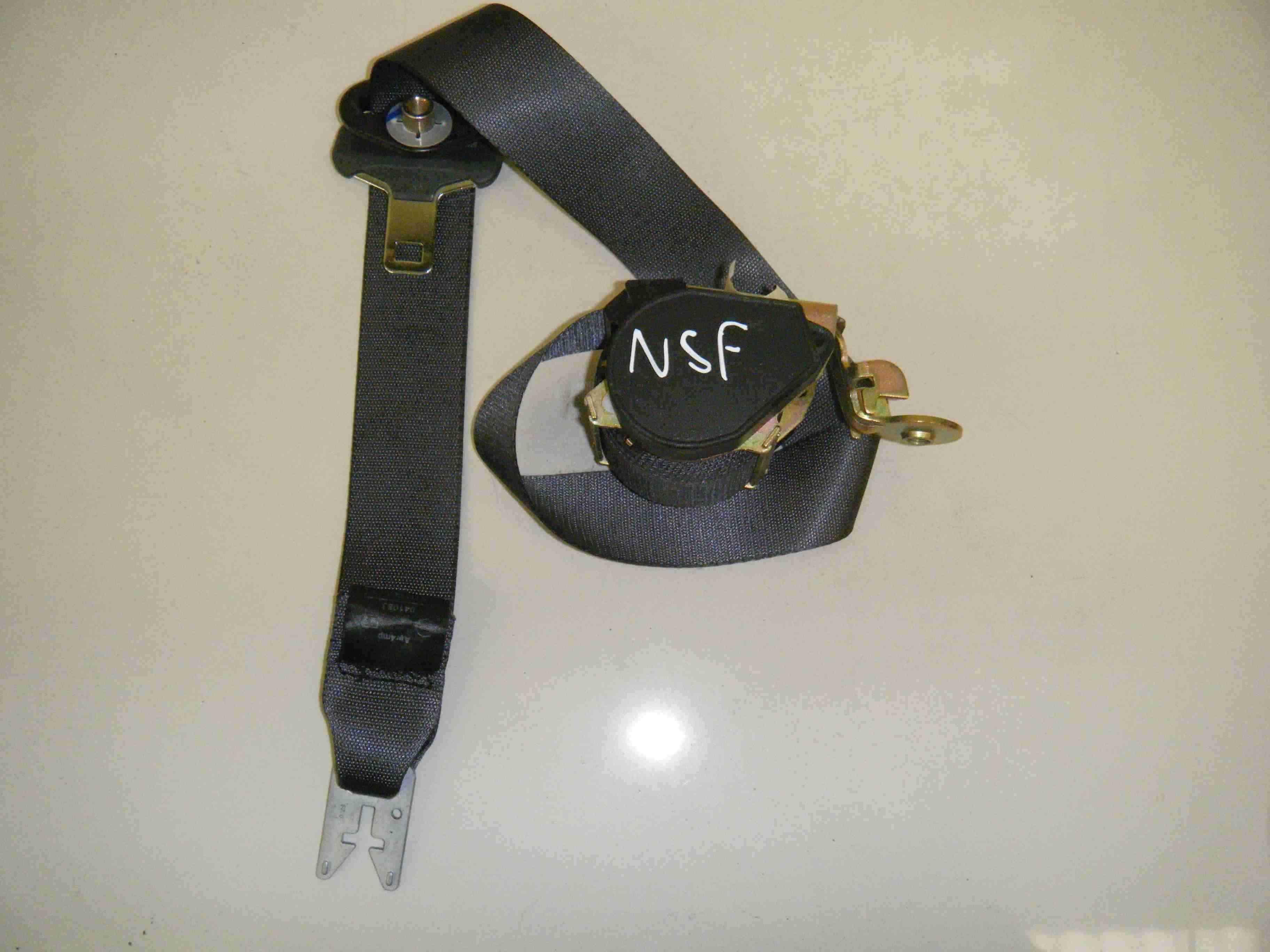 Renault Scenic 2003-2009 Passenger NSF Front Seat Belt 8200699576