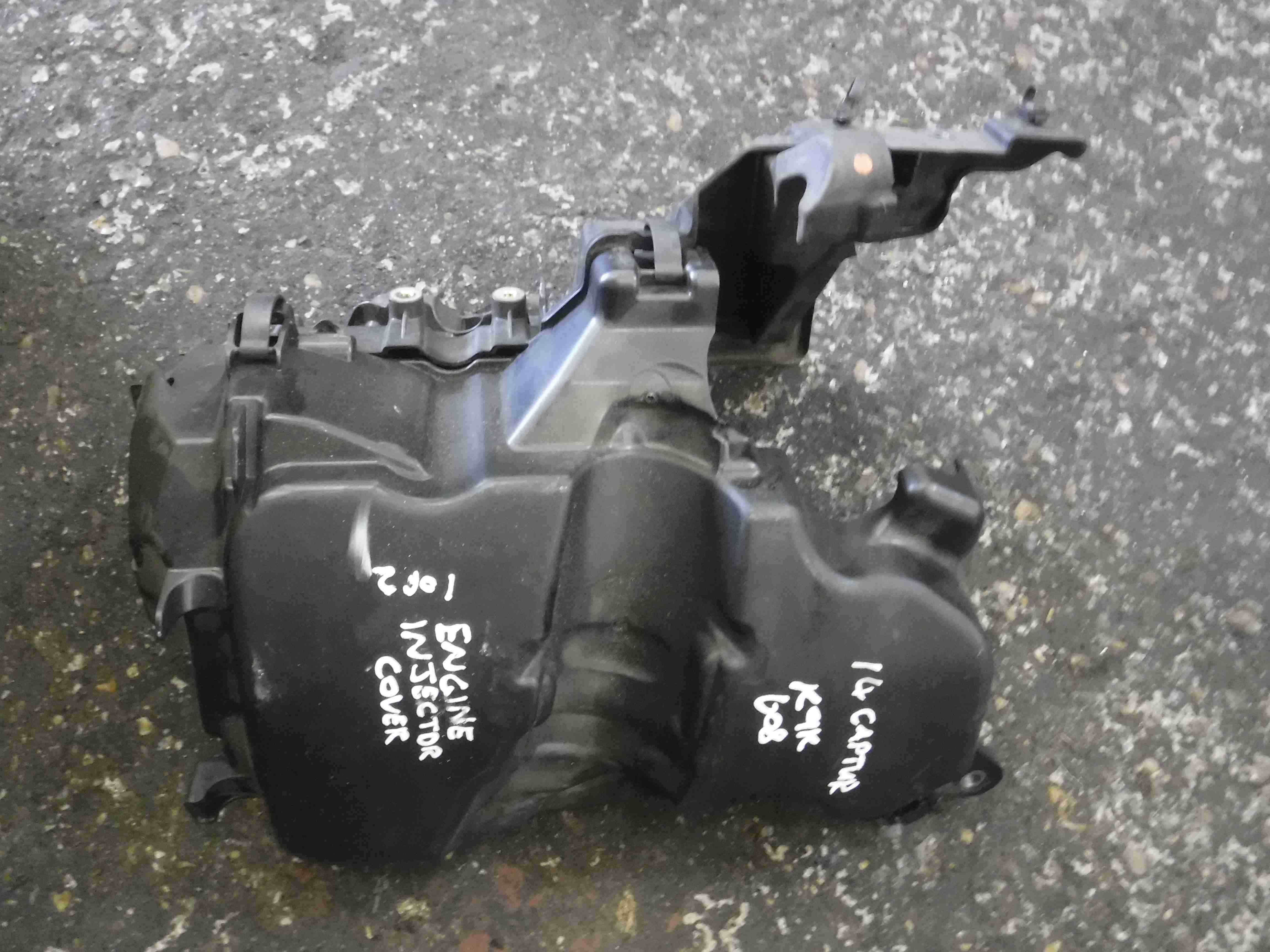 Renault Captur + Clio 2013-2018 1.5 dCi Engine Injector Cover 175B15263R