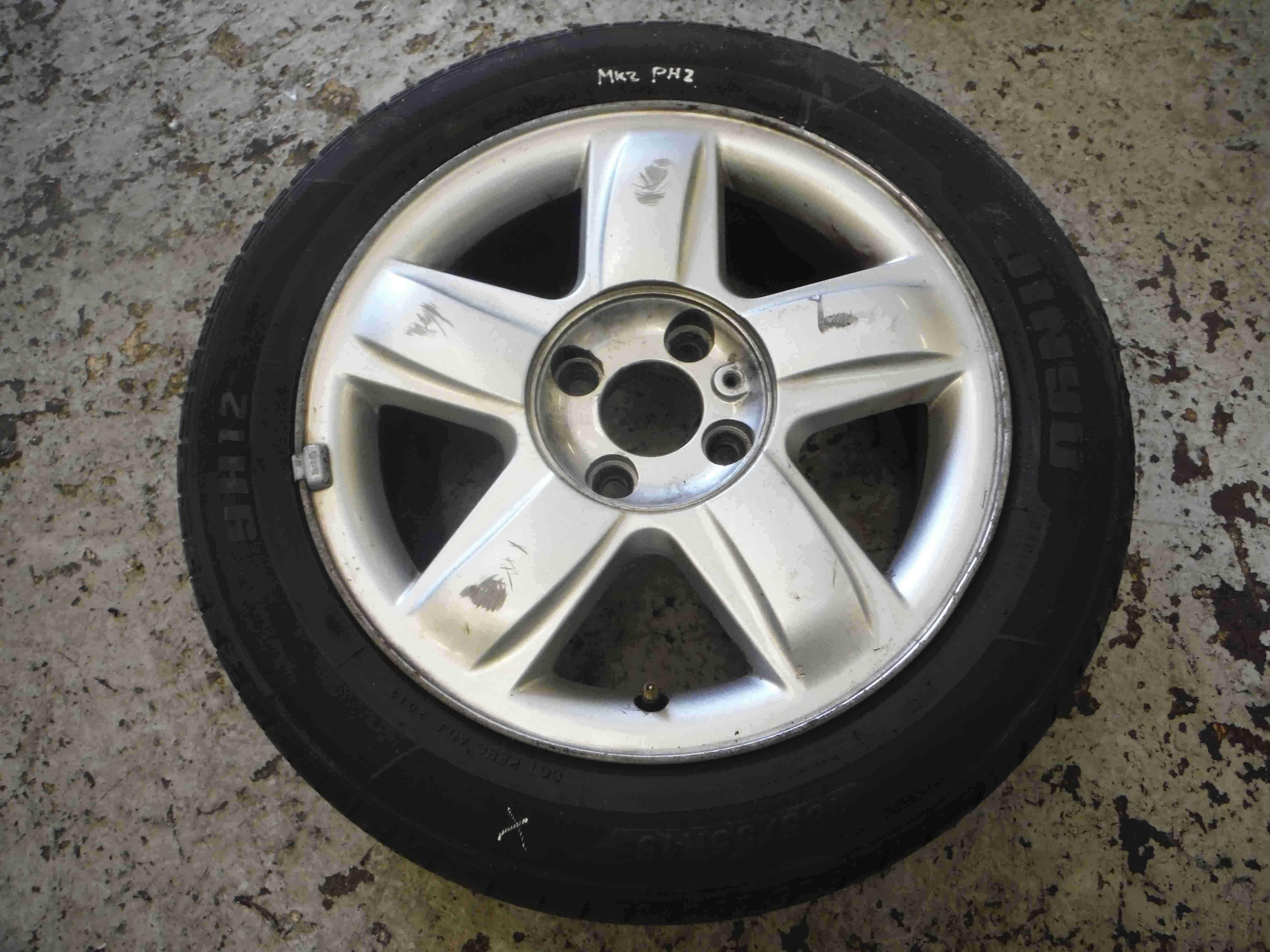 Renault Clio MK2 2001-2006 Alloy Wheel 15inch Dynamique  Tyre 185 55 15 5mm 35