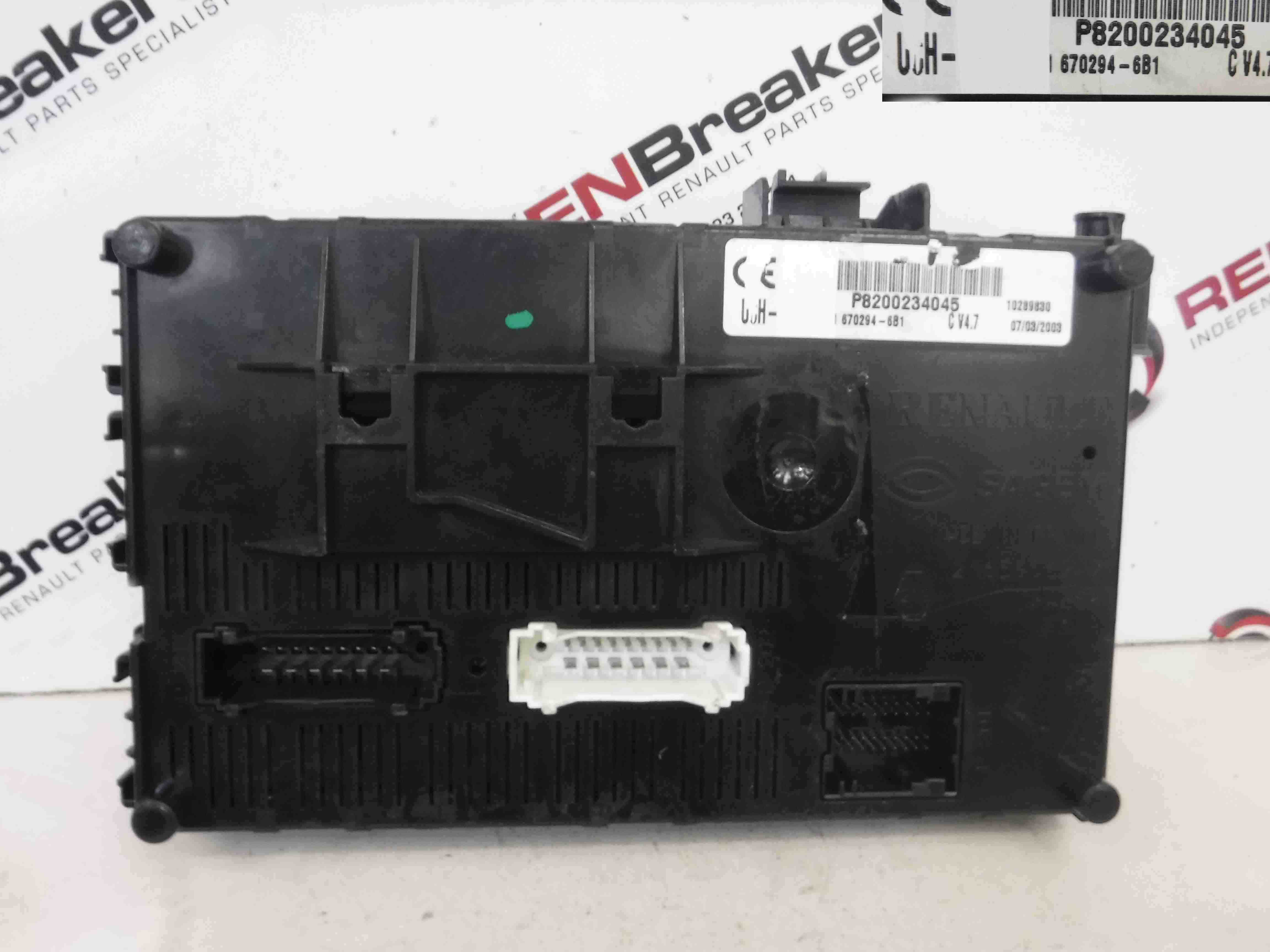 Renault Clio MK2 2001-2006 Dashboard Fuse Box UCH BCM Recoded Coded 8200234045
