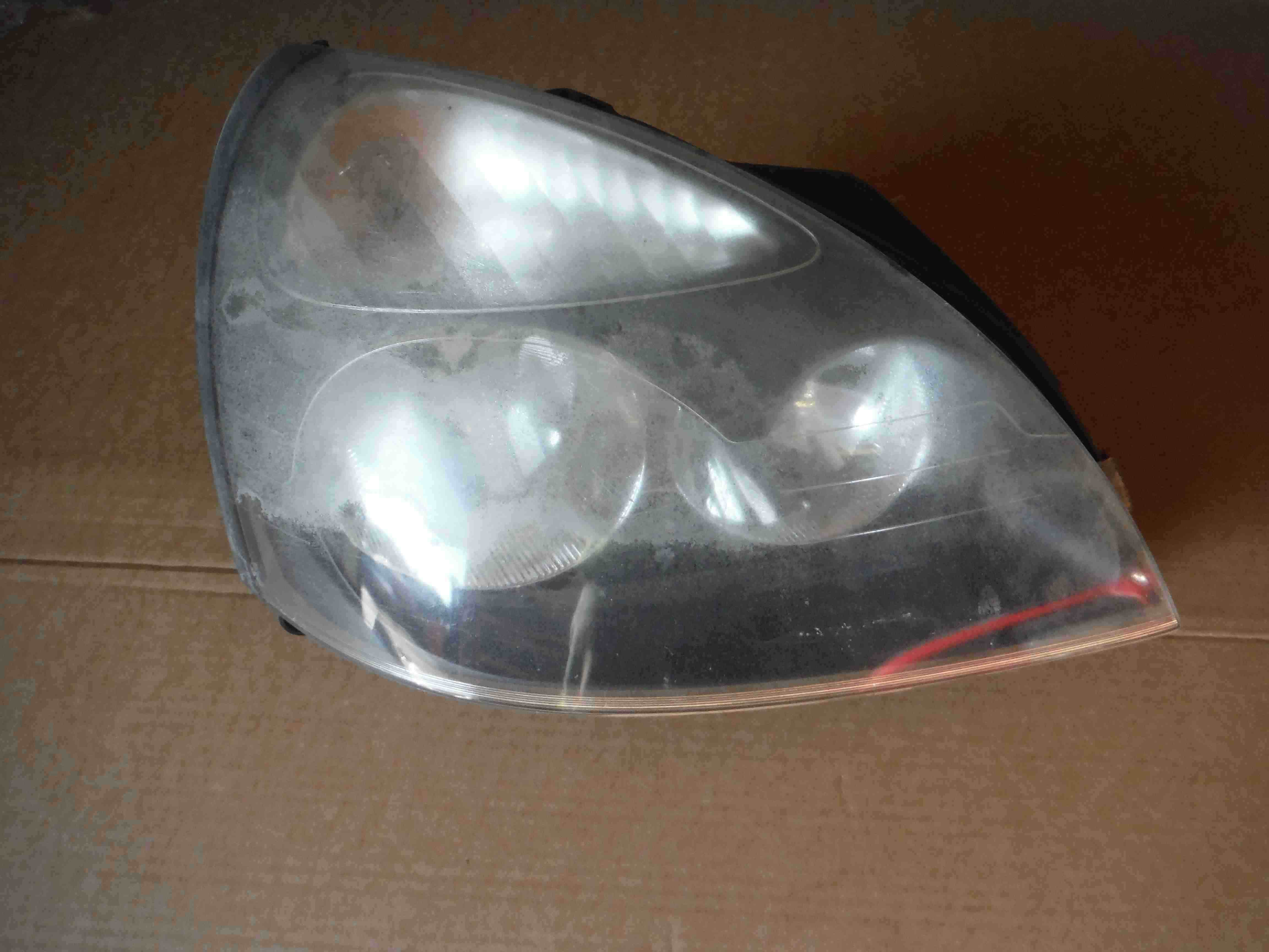 Renault Clio MK2 2001-2006 Drivers OSF Front Headlight Black Cloudy