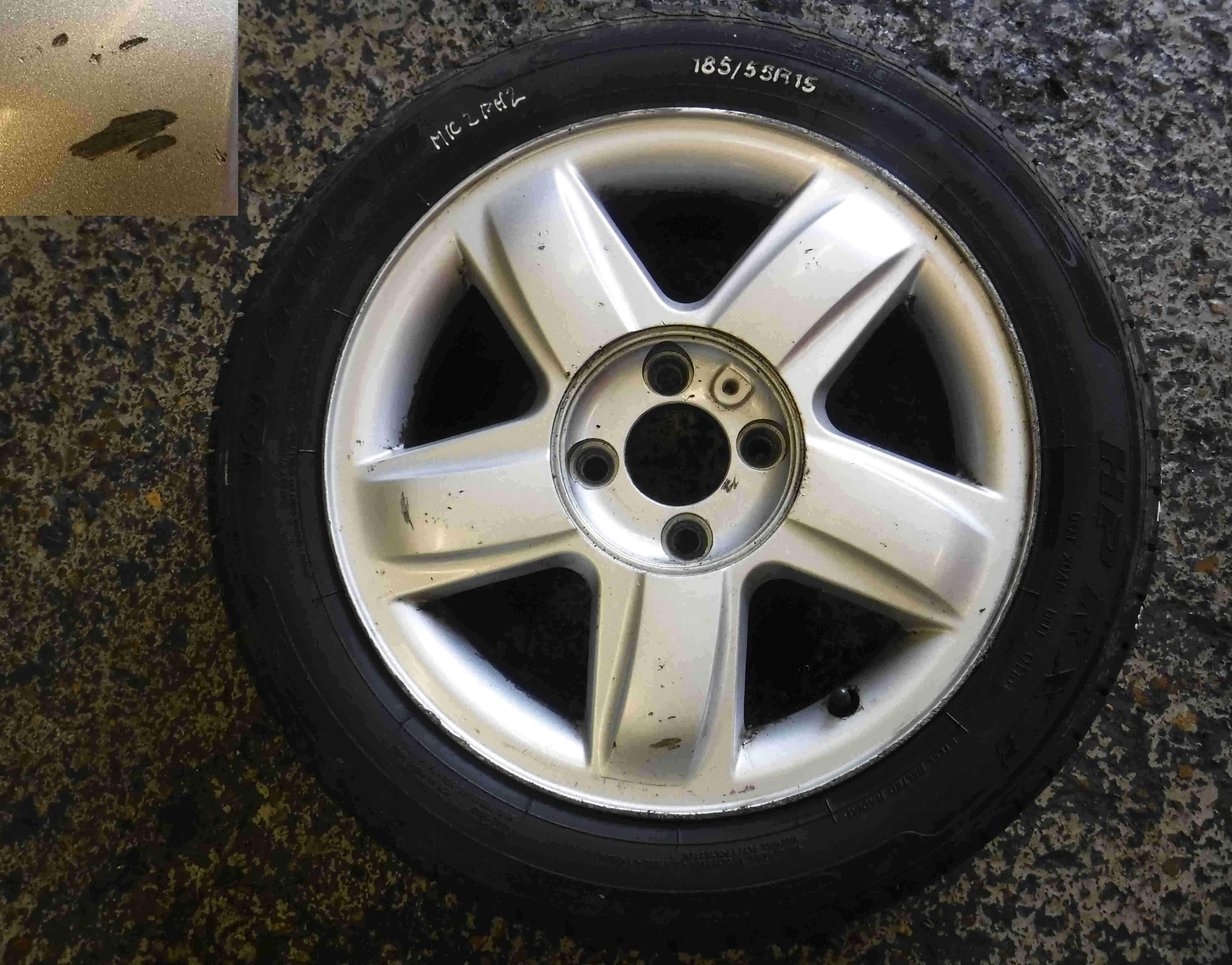Renault Clio MK2 2001-2006 Dynamique Alloy Wheel  Tyre 185 55 15 7mm 35