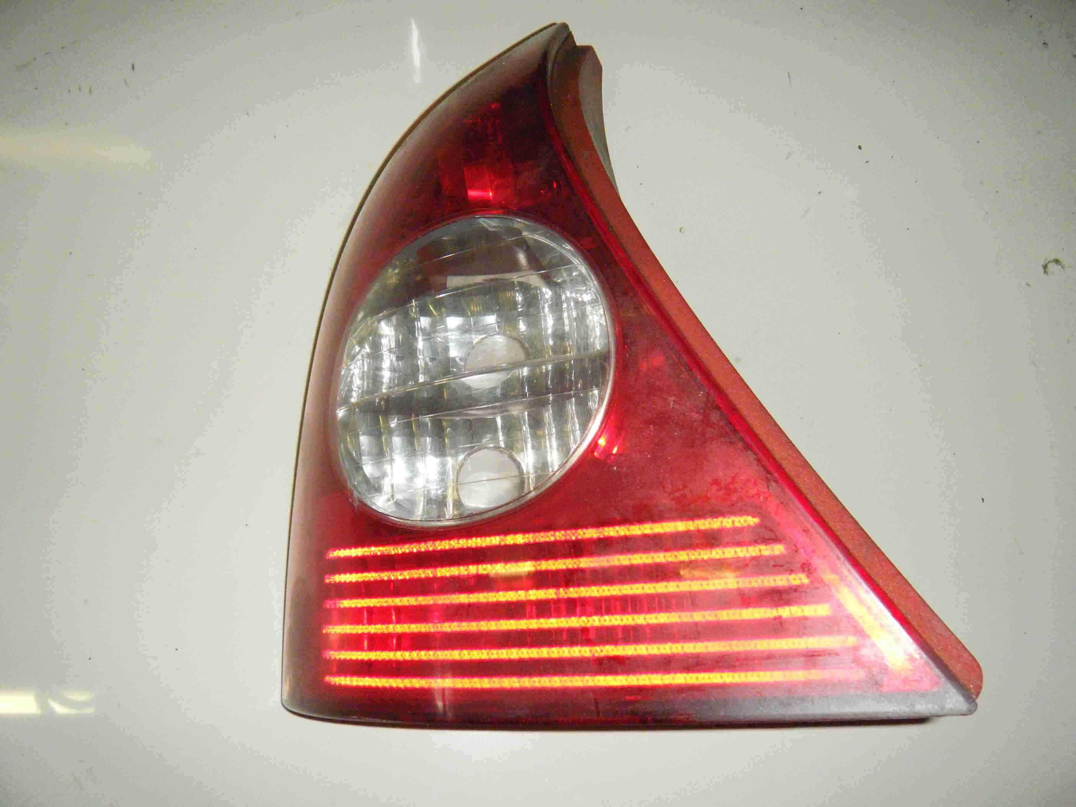 Renault Clio MK2 2001-2006 Passenger NSR Rear Light Lens 8200071413