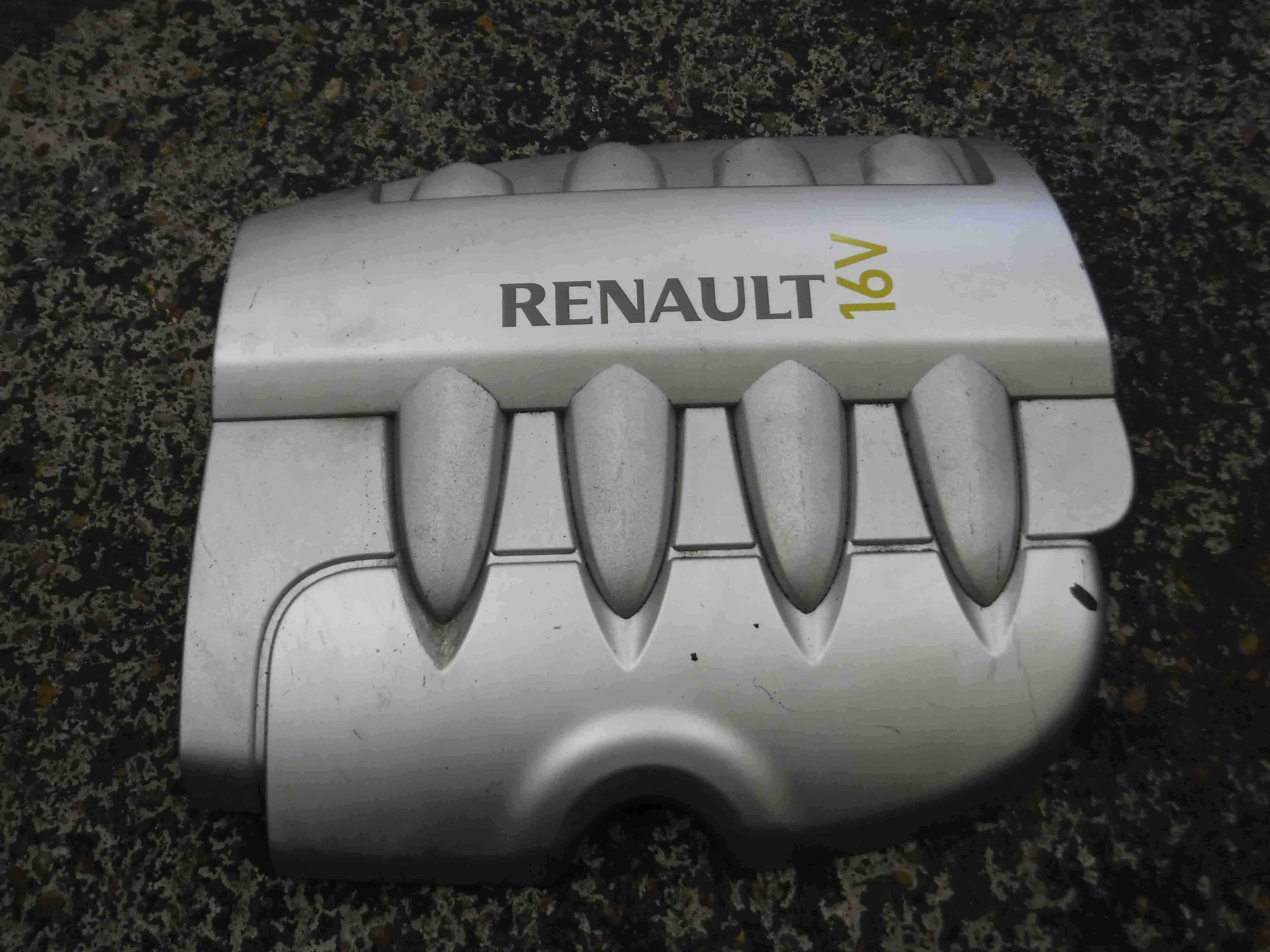 Renault Clio MK3 2005-2009 1.6 16v Engine Cover Plastic 8200323607