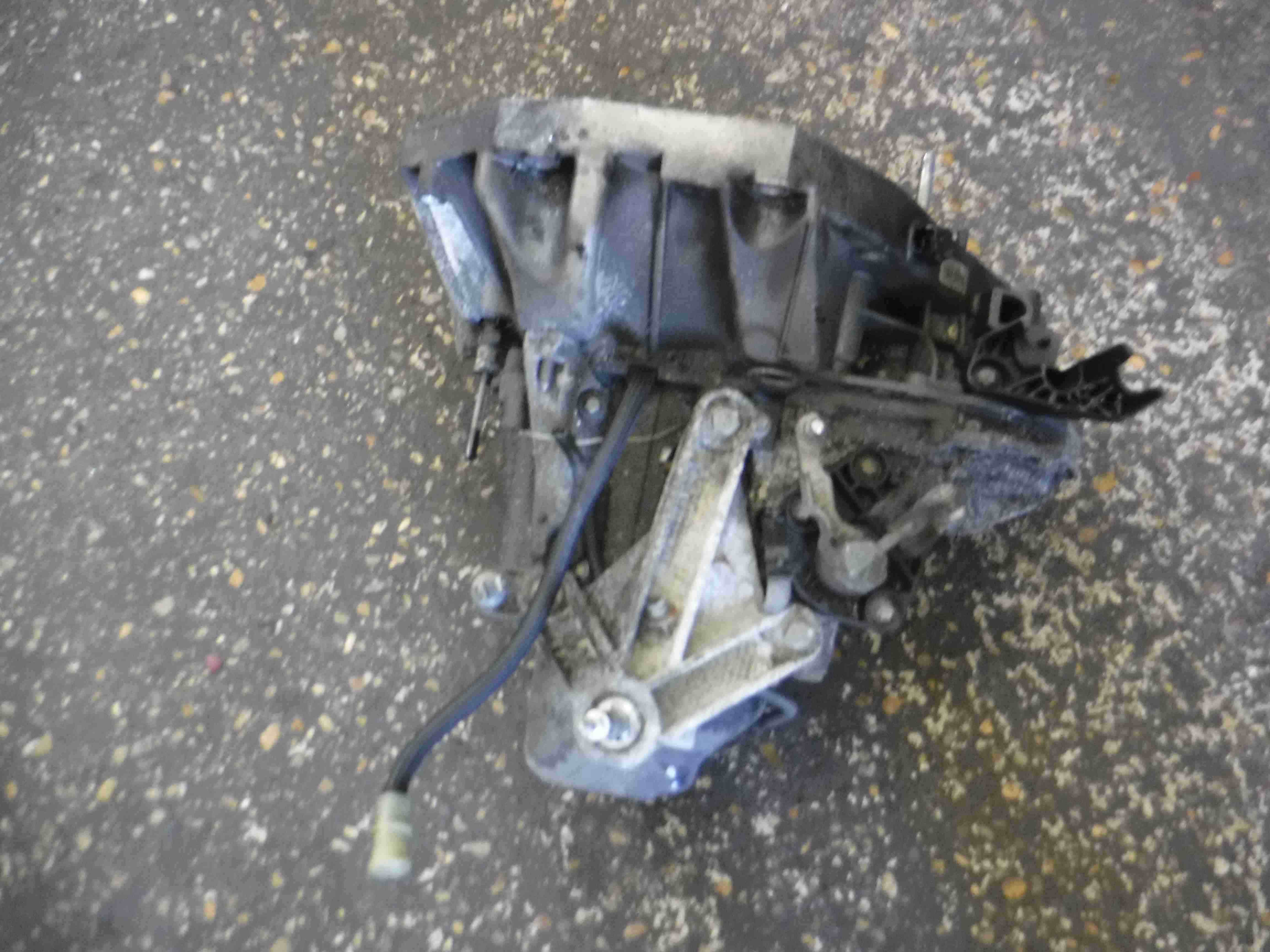Renault Clio MK3 2005-2012 1.4 16v Gearbox JH3 173 JH3173