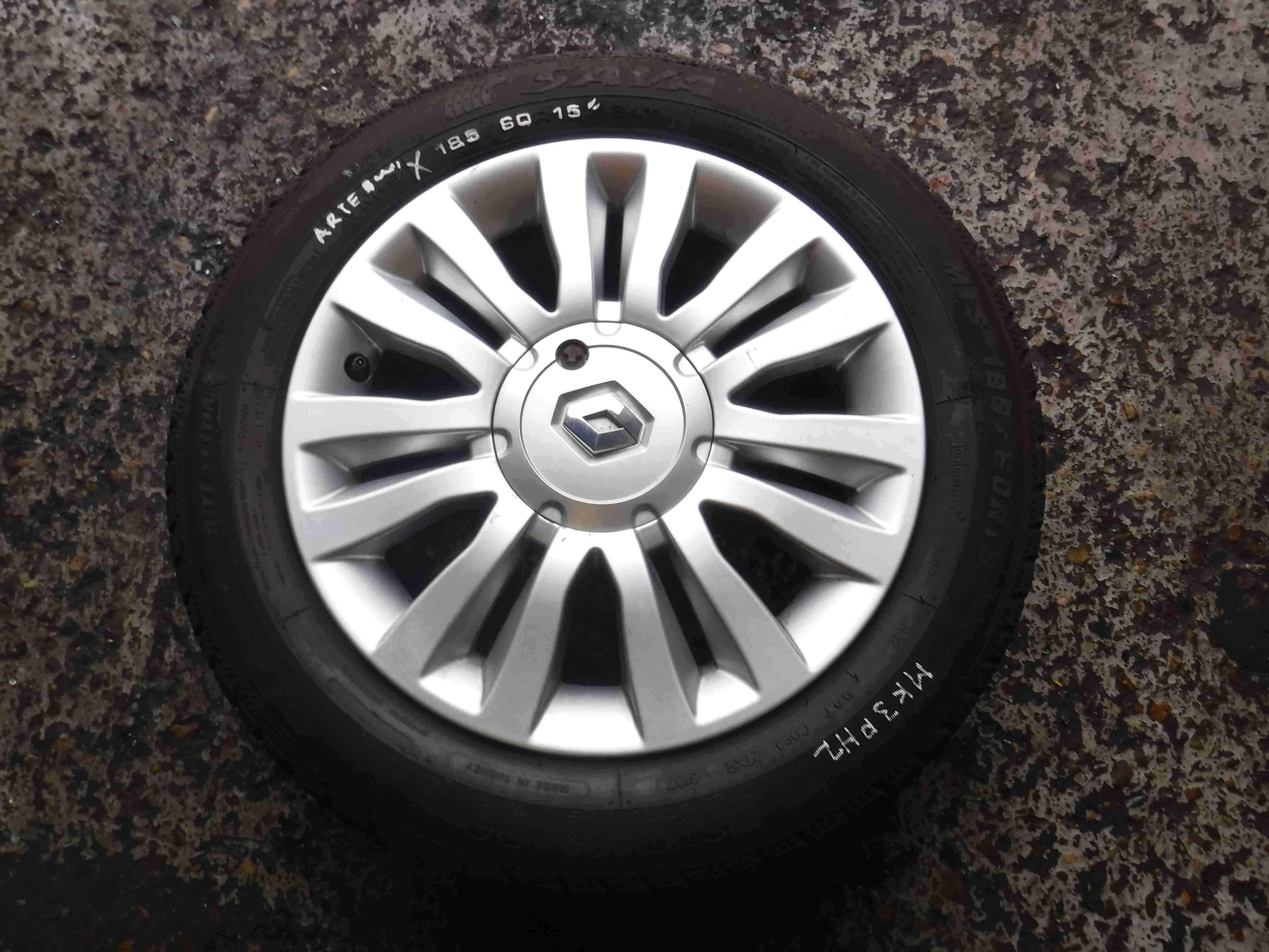 Renault Clio MK3 2005-2012 Del Arte Alloy Wheel  Tyre  1.5 inch 45