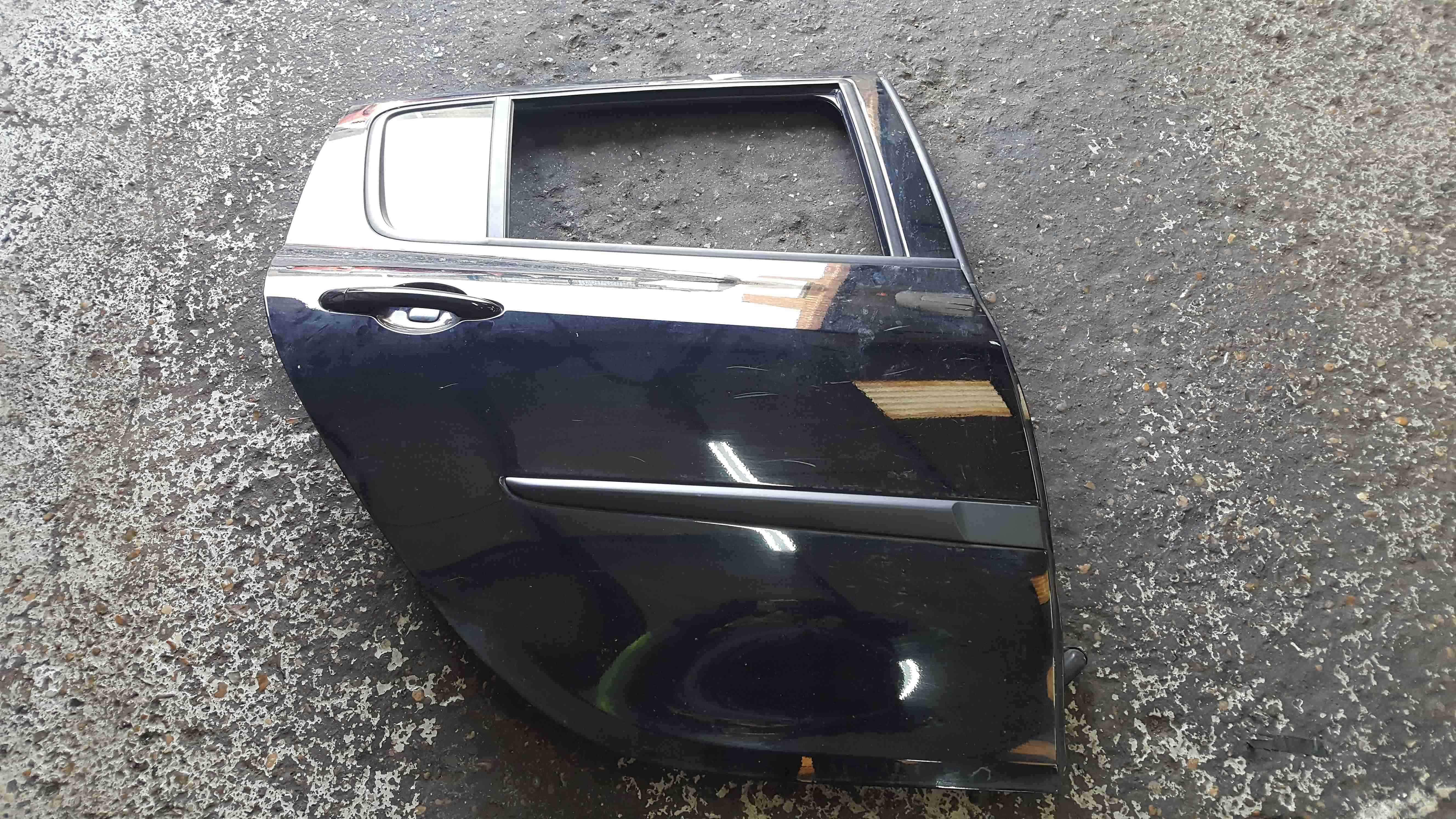 Renault Clio MK3 2005-2012 Drivers OSR Rear Door Black TEGNE