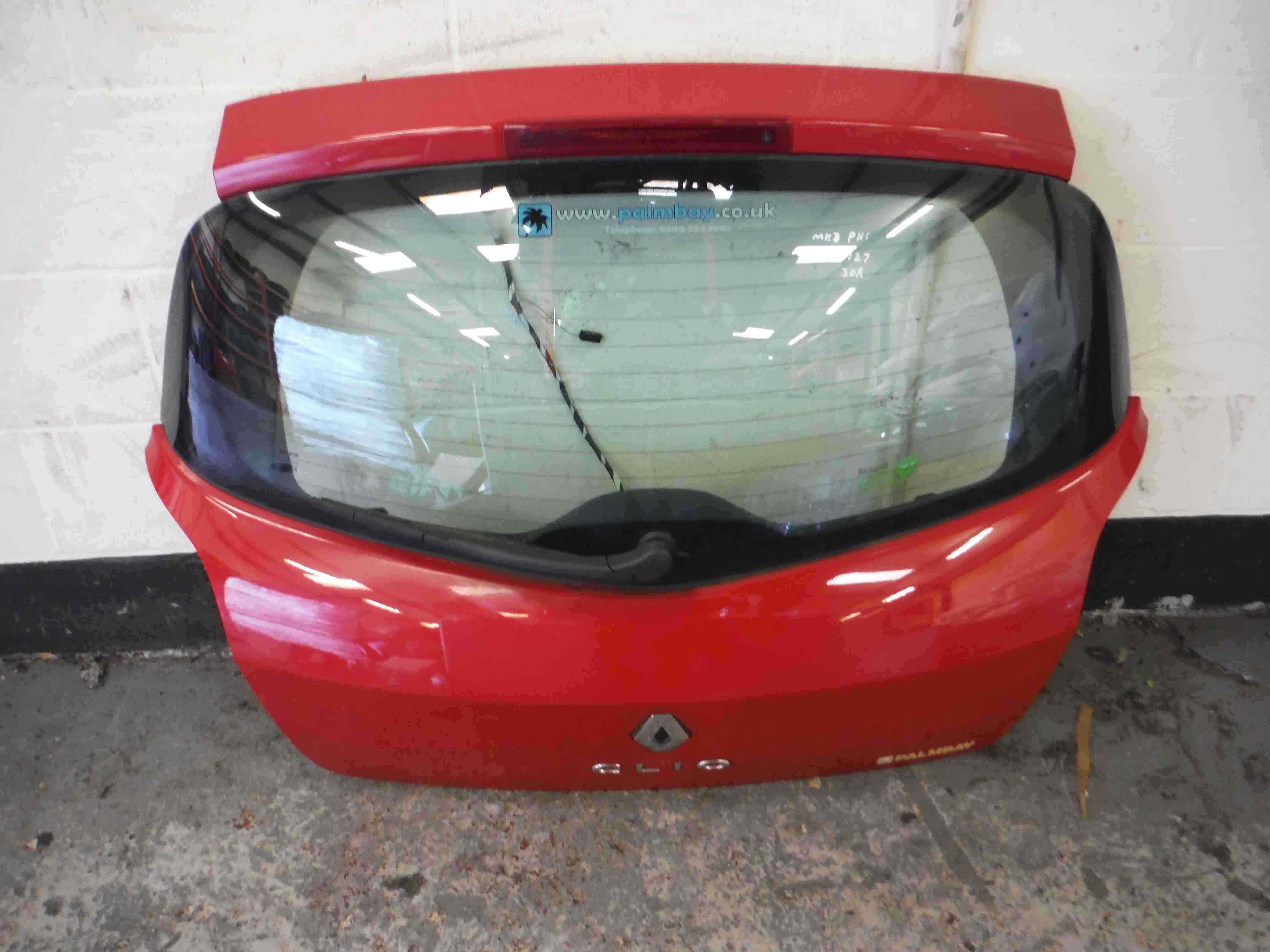 Renault Clio MK3 2005-2012 Rear Tailgate Boot Red OV727