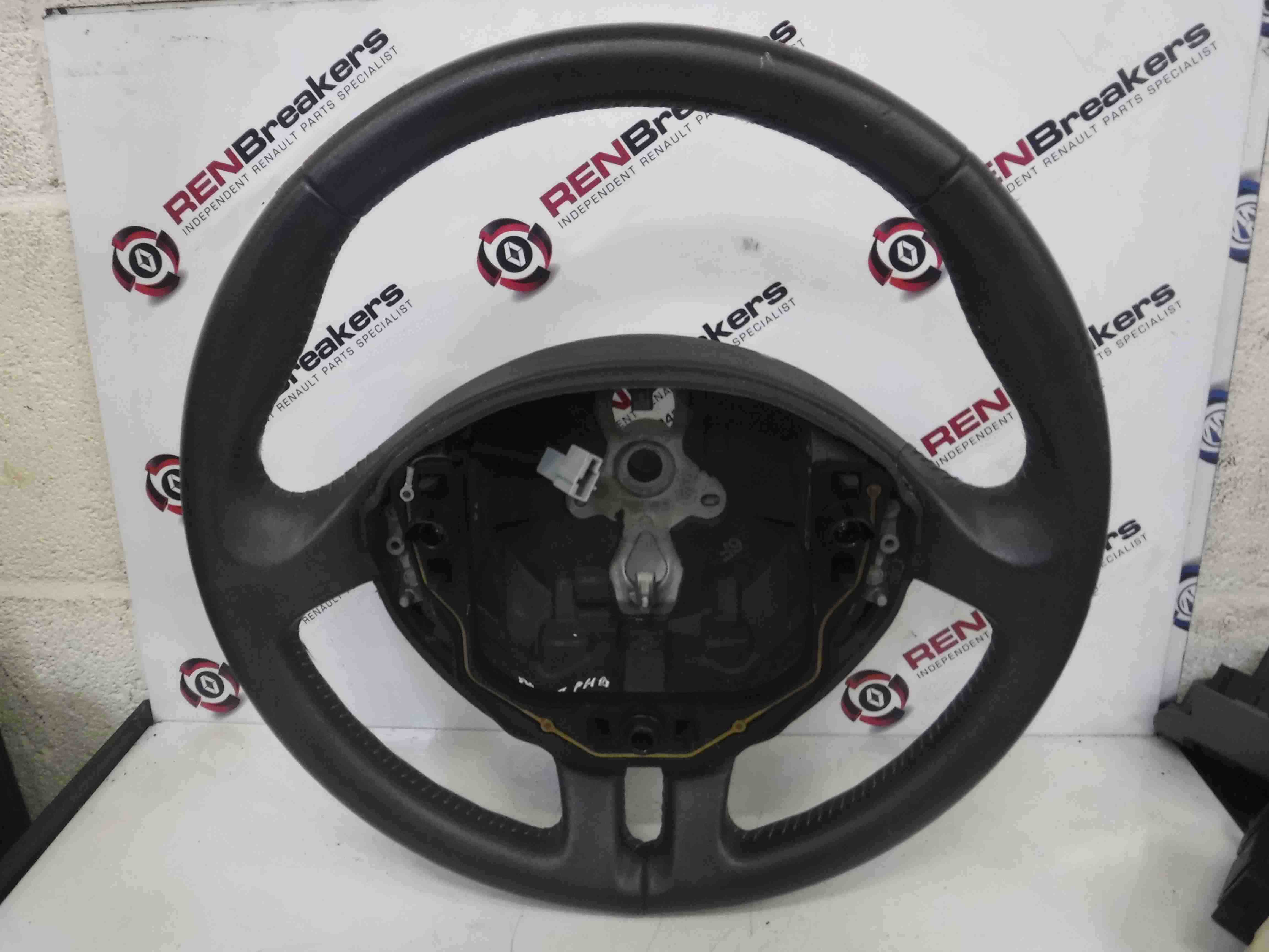 Renault Clio MK3 2005-2012 Steering Wheel Leather With Stitching 8200344077