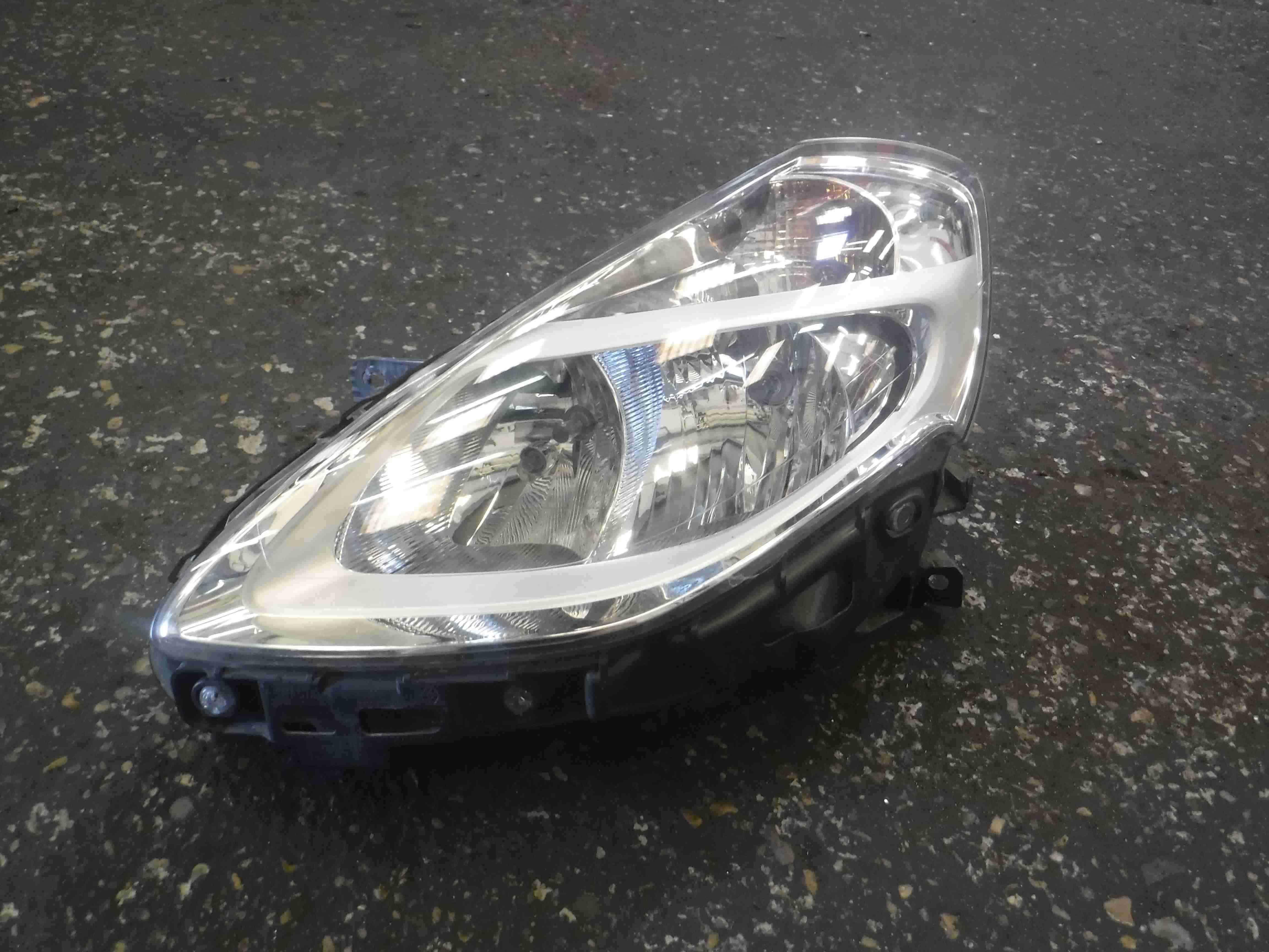 Renault Clio MK3 2009-2012 Passenger NSF Front Headlight Chrome Backing FACELIFT
