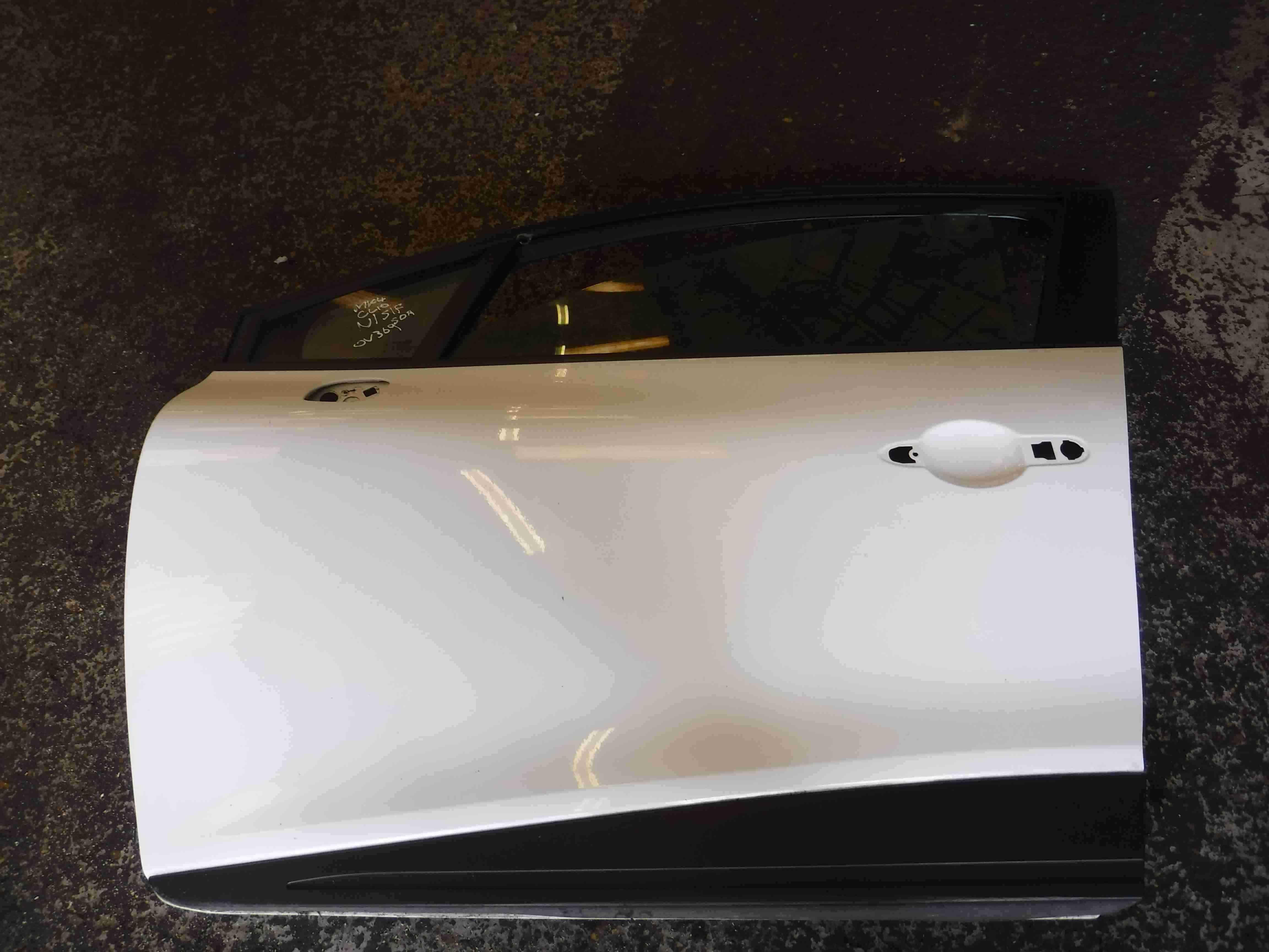 Renault Clio MK4 2013-2015 Passenger NSF Front Door White OV369