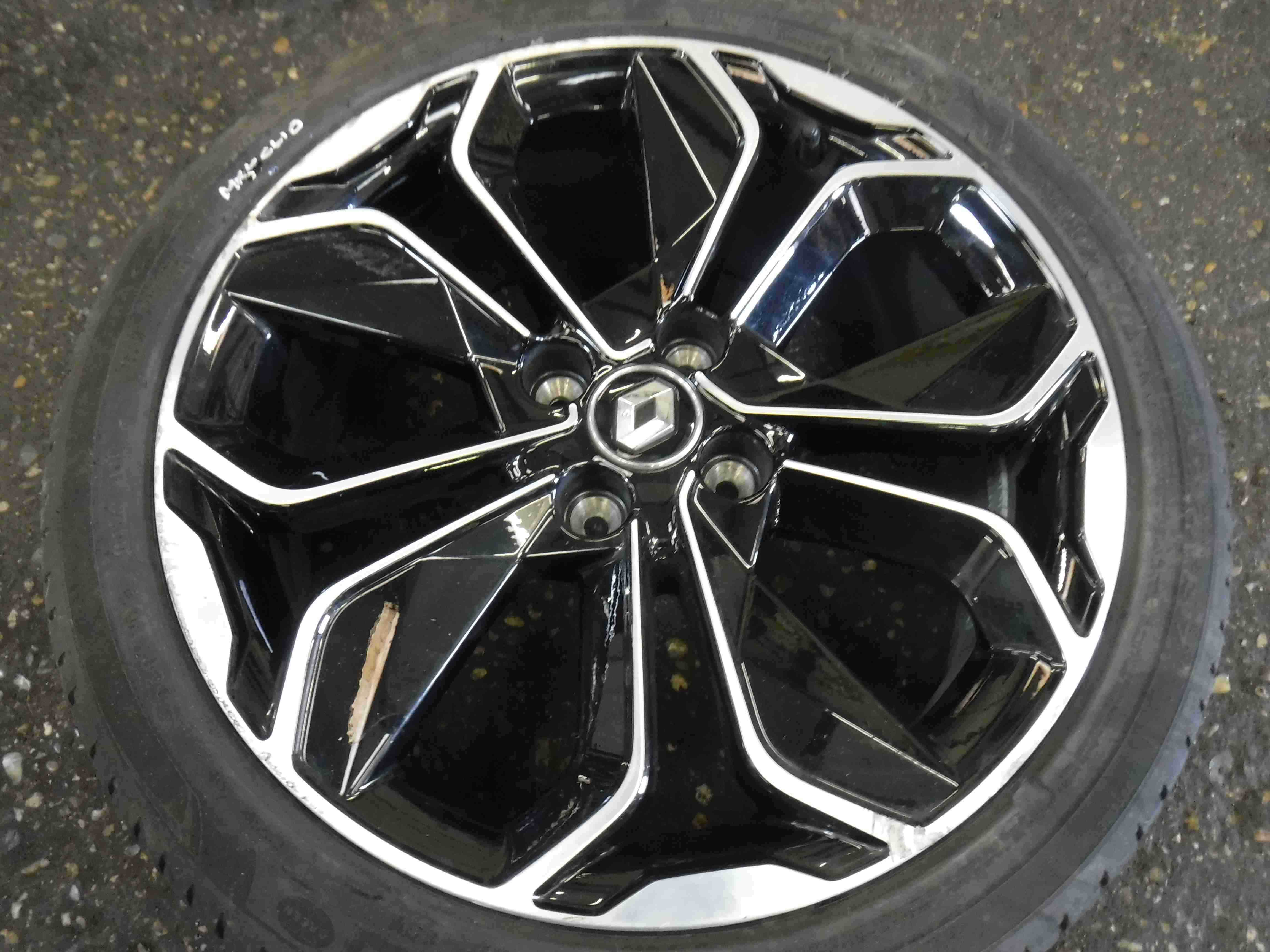 Renault Clio MK4 2013-2018 Alloy Wheel Optemic 45 205 45 17 6mm 403001878R