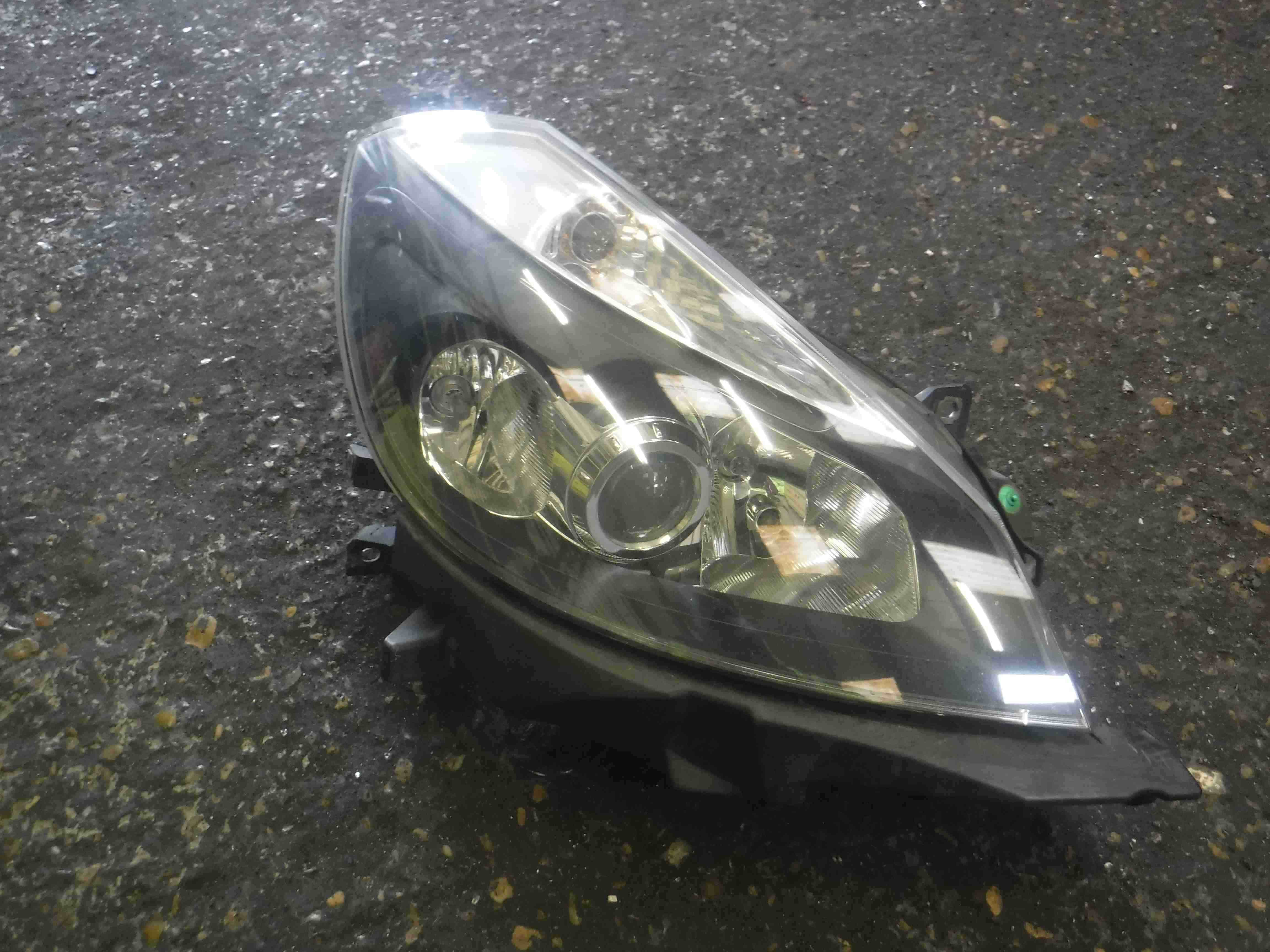 Renault Clio Sport 2005-2009 197 Cup Xenon Drivers OSF Front Headlight
