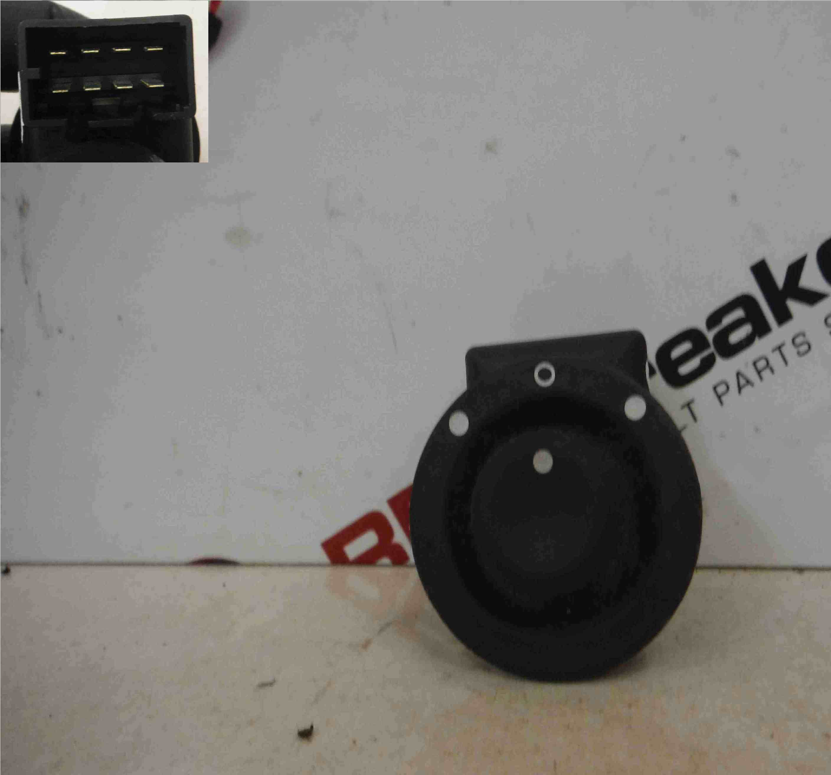 Renault Espace 2003-2013 Wing Mirror Adjuster Switch 002443