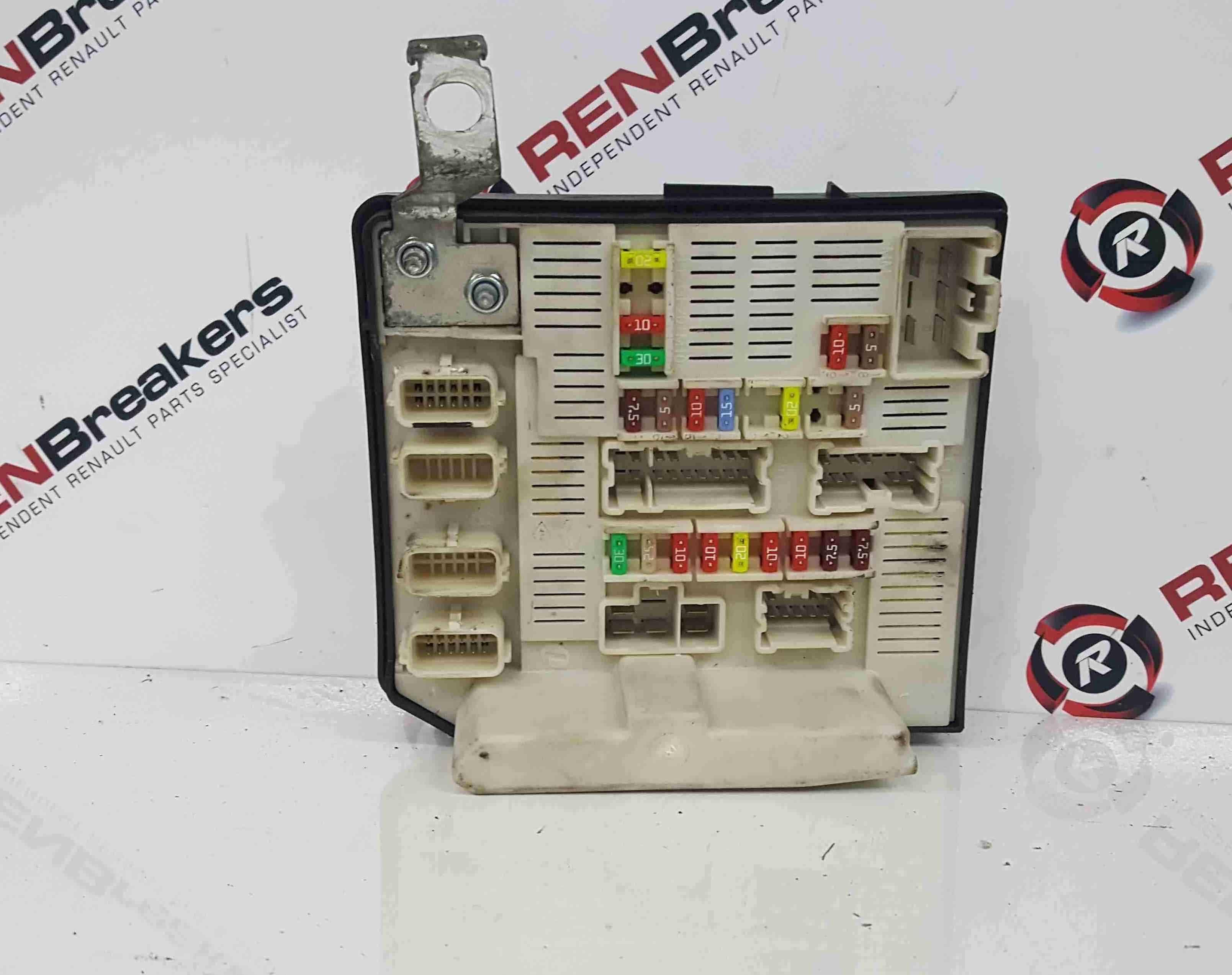 Renault Kangoo 2007-2017 Engine Bay Fuse Box UPC Unit 8201044235