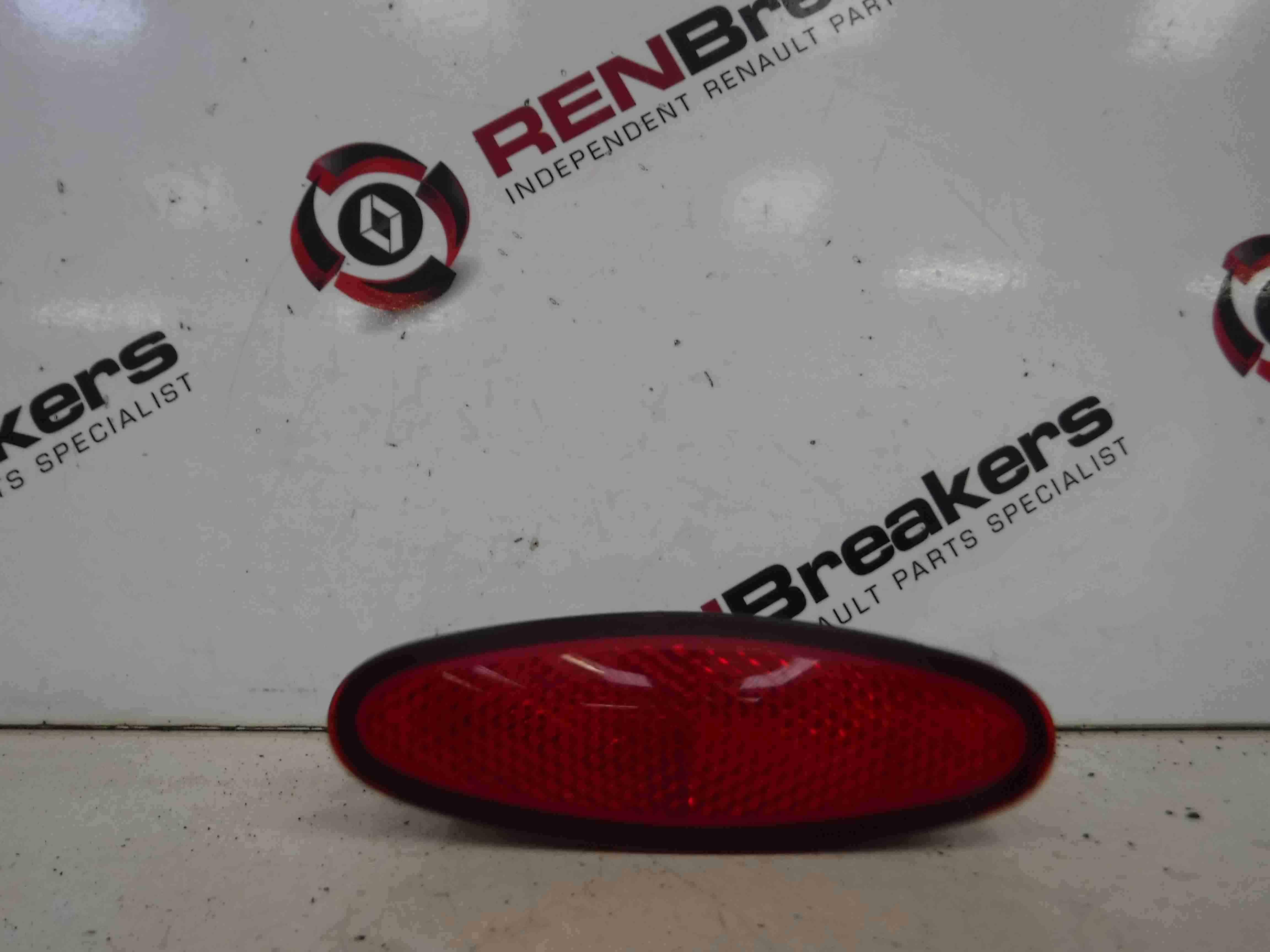 Renault Laguna 2007-2010 Drivers OSR Rear Door Card Light 8200011656