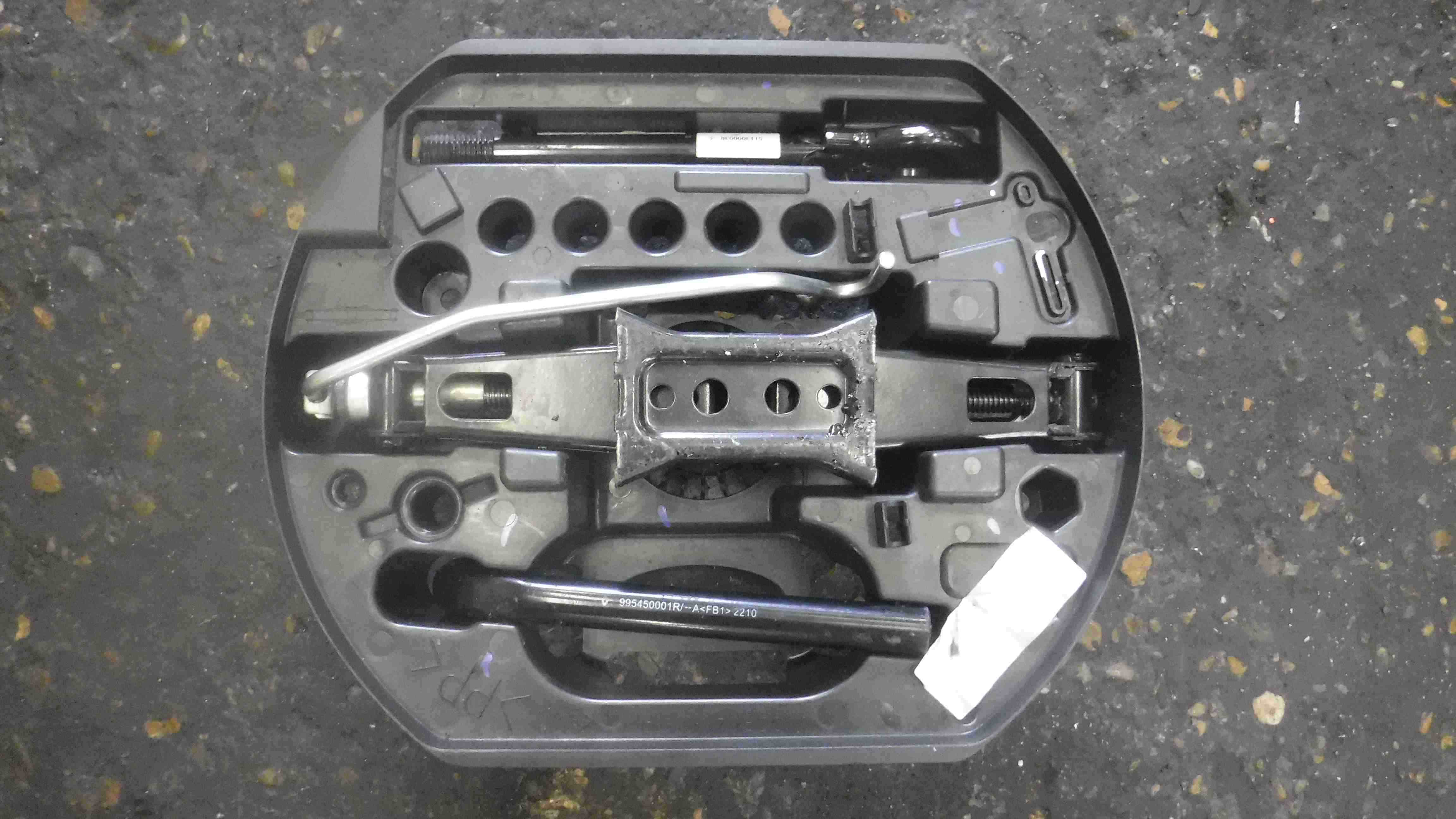Renault Laguna MK3 2007-2012 Spare Wheel Jack Set Kit 995040007R