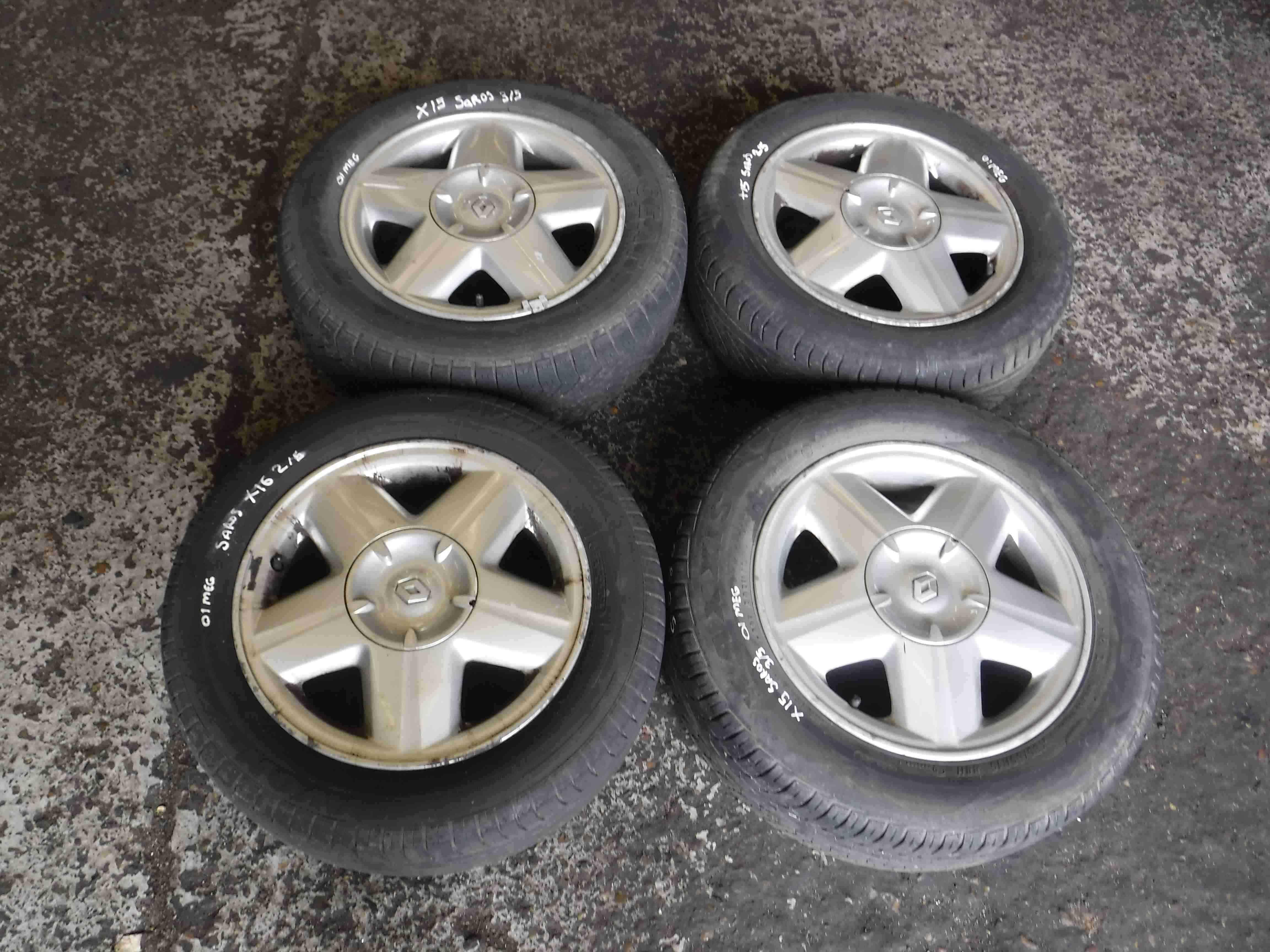 Renault Megane 1999-2002 Saros Alloy Wheel Set X4 15inch 4/5 saros