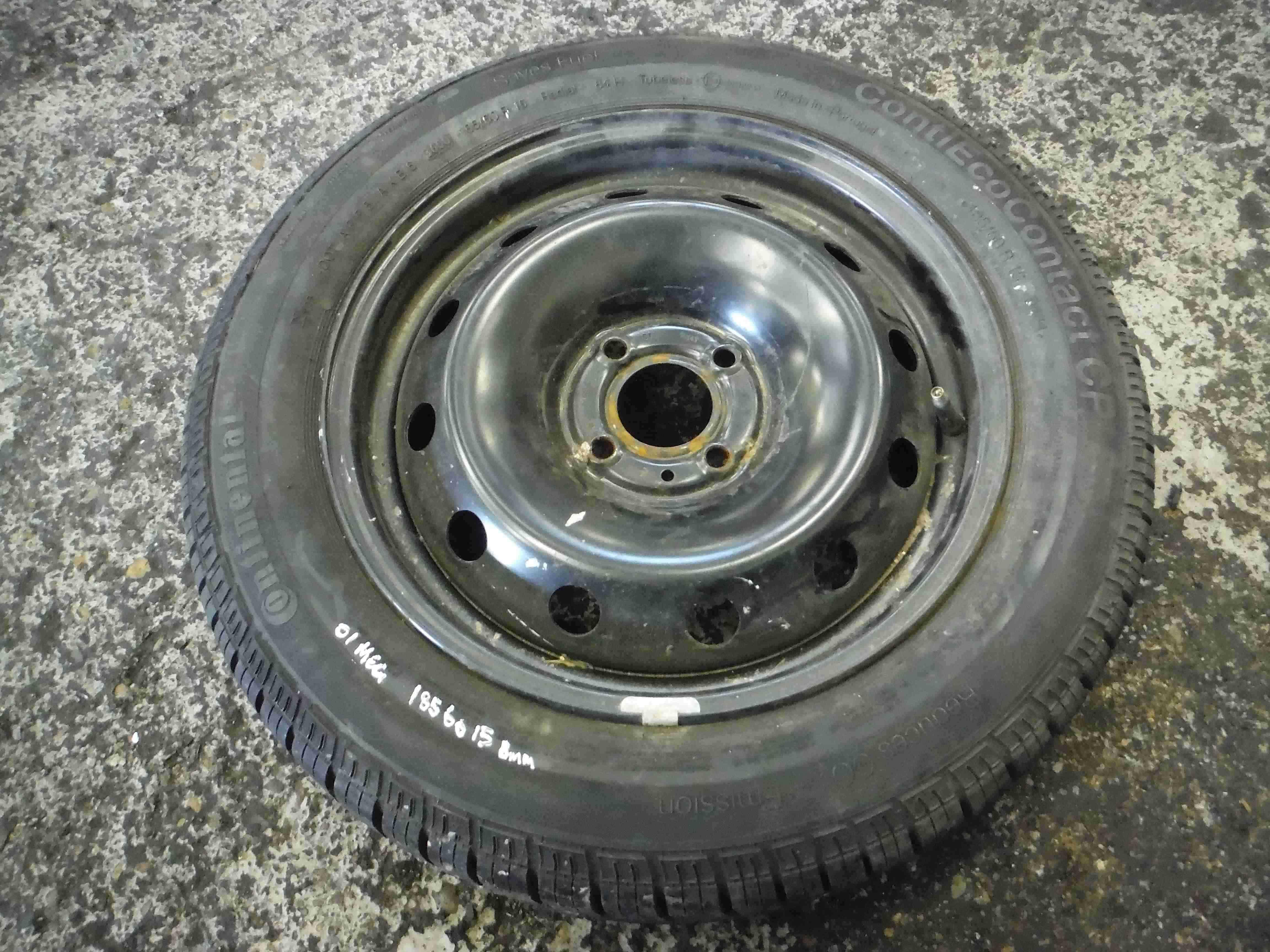 Renault Megane 1999-2002 Steel Rim Wheel  Tyre 185 60 15 8mm
