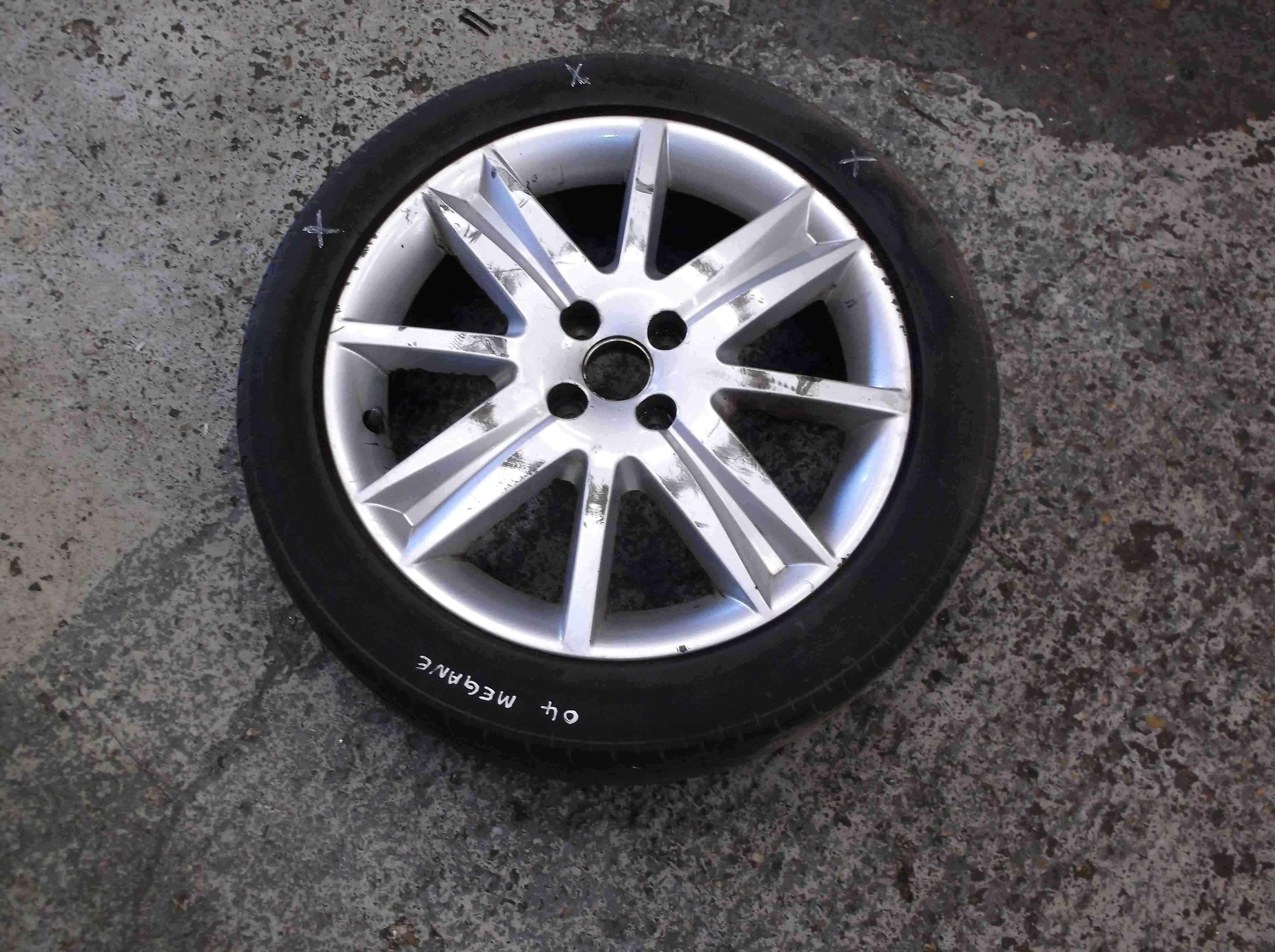 Renault Megane 2002-2008 17 inch Alloy wheel Nervasport x1 3/5