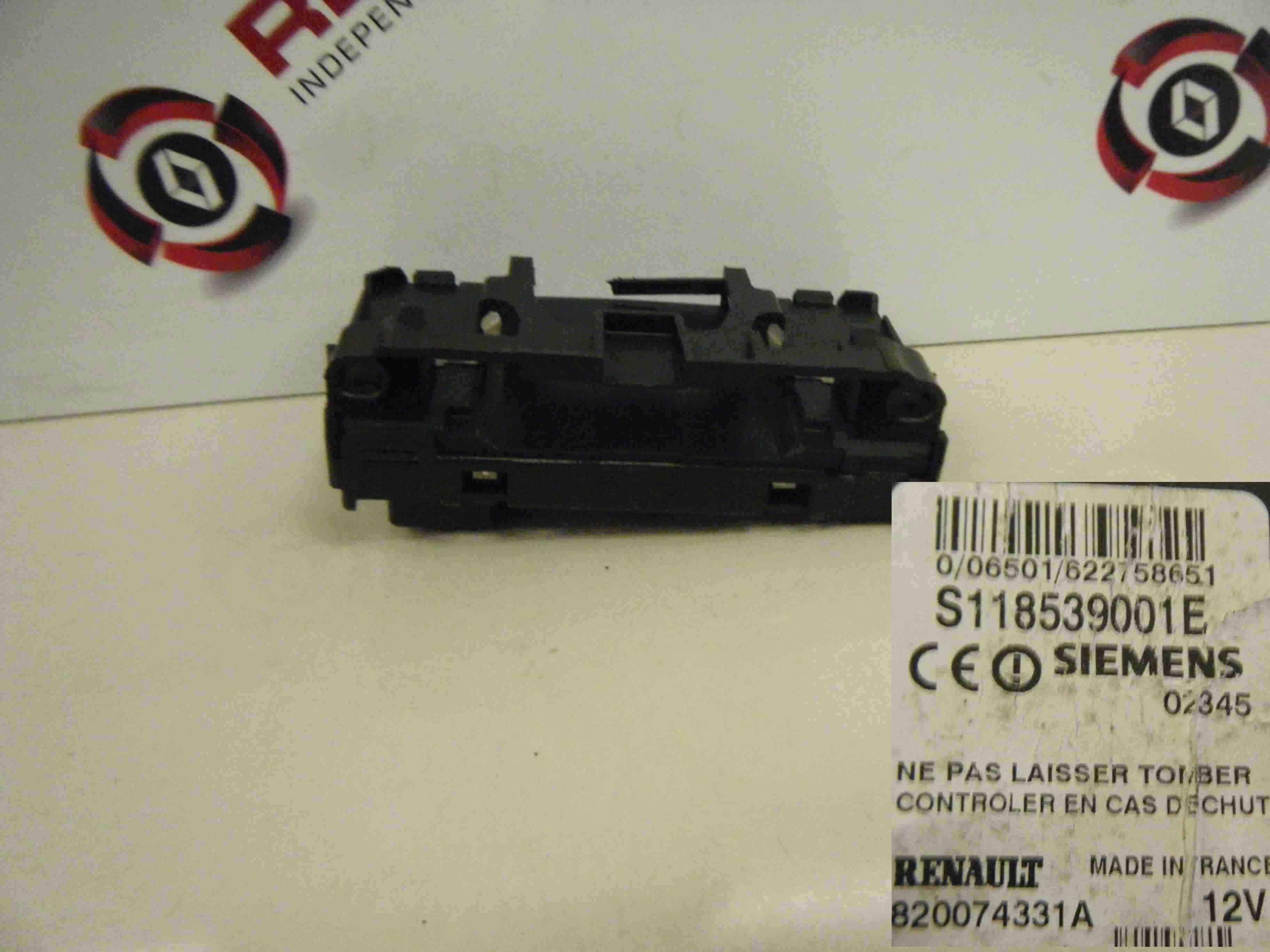 Renault Megane 2002-2008 Ignition Key Card Reader Transponder 820074331