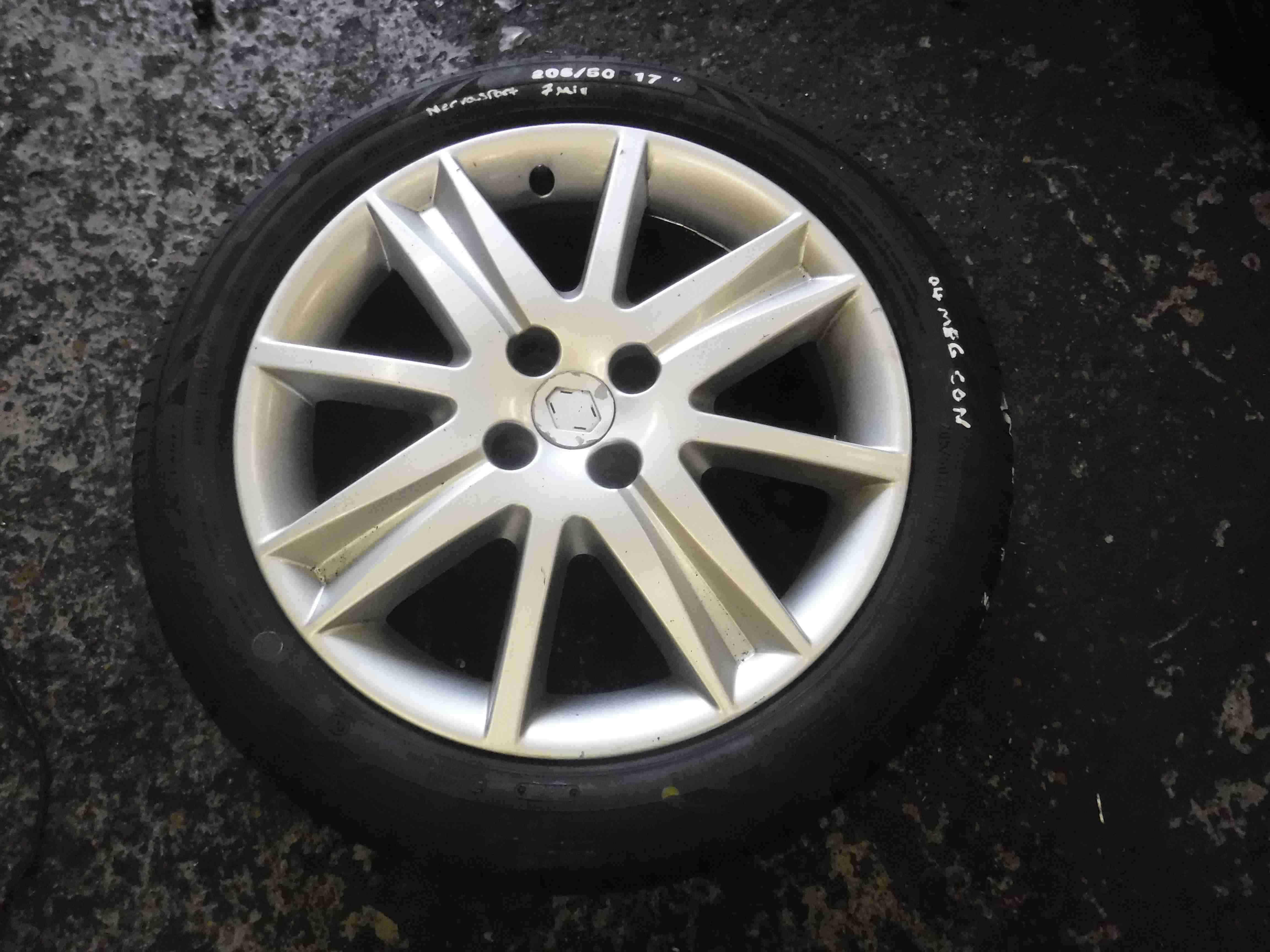 Renault Megane 2002-2008 Nervasport Alloy Wheel + Tyre 205 50 17 7mm 4/5
