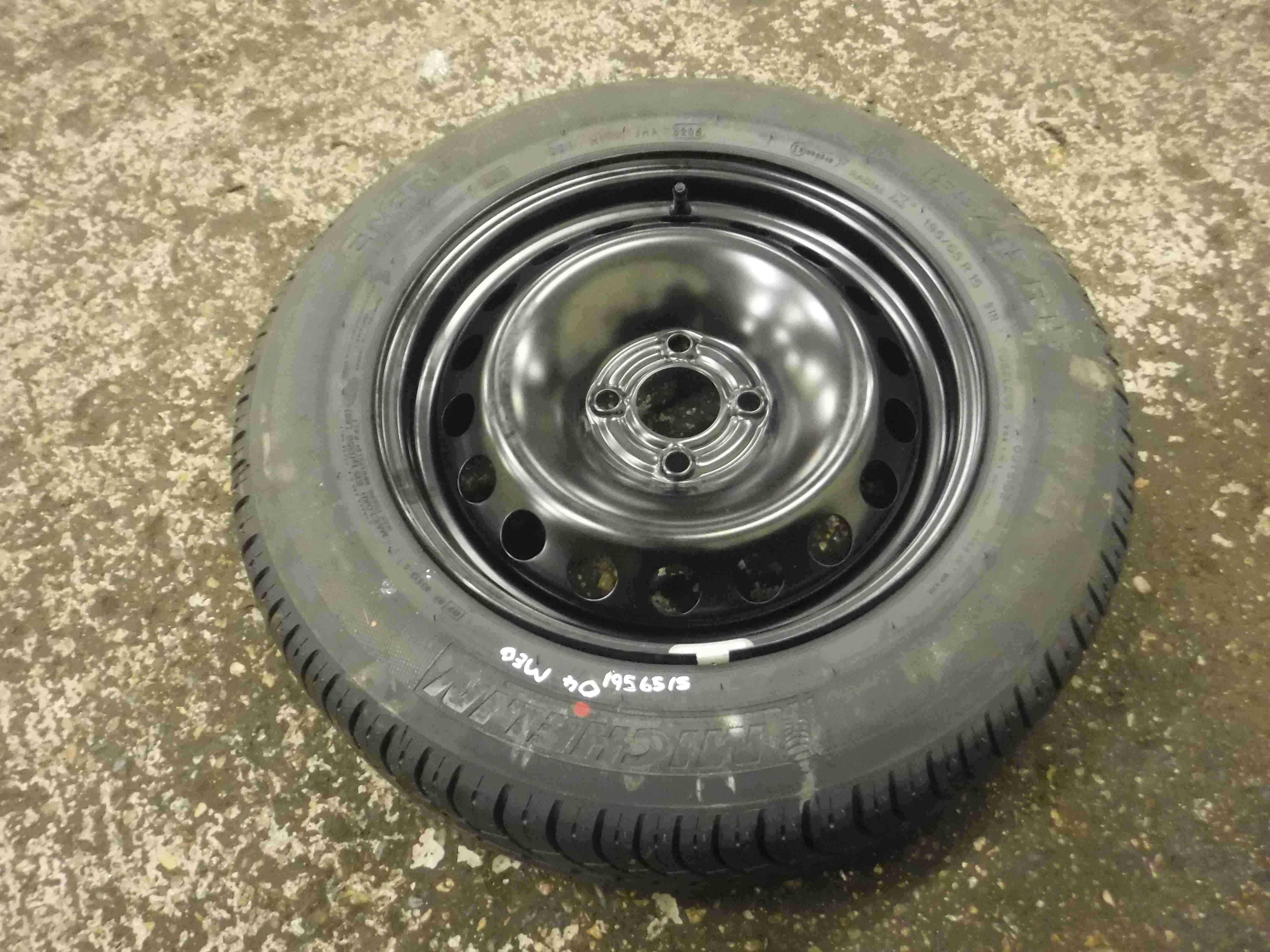 Renault Megane 2002-2008 Steel Wheel Rim + Tyre 195 65 15 8mm Tread