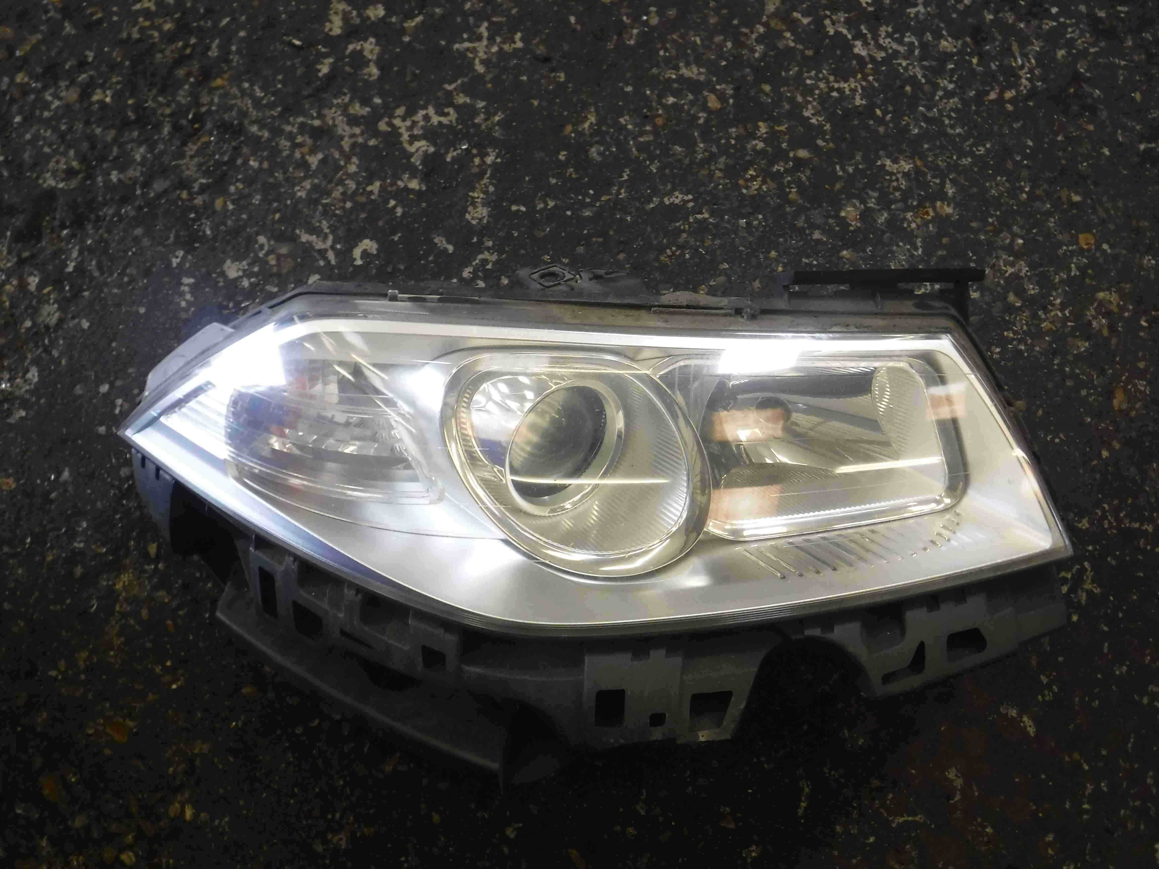 Renault Megane 2006-2008 Drivers OSF Front Headlight 8200412745 7701063223
