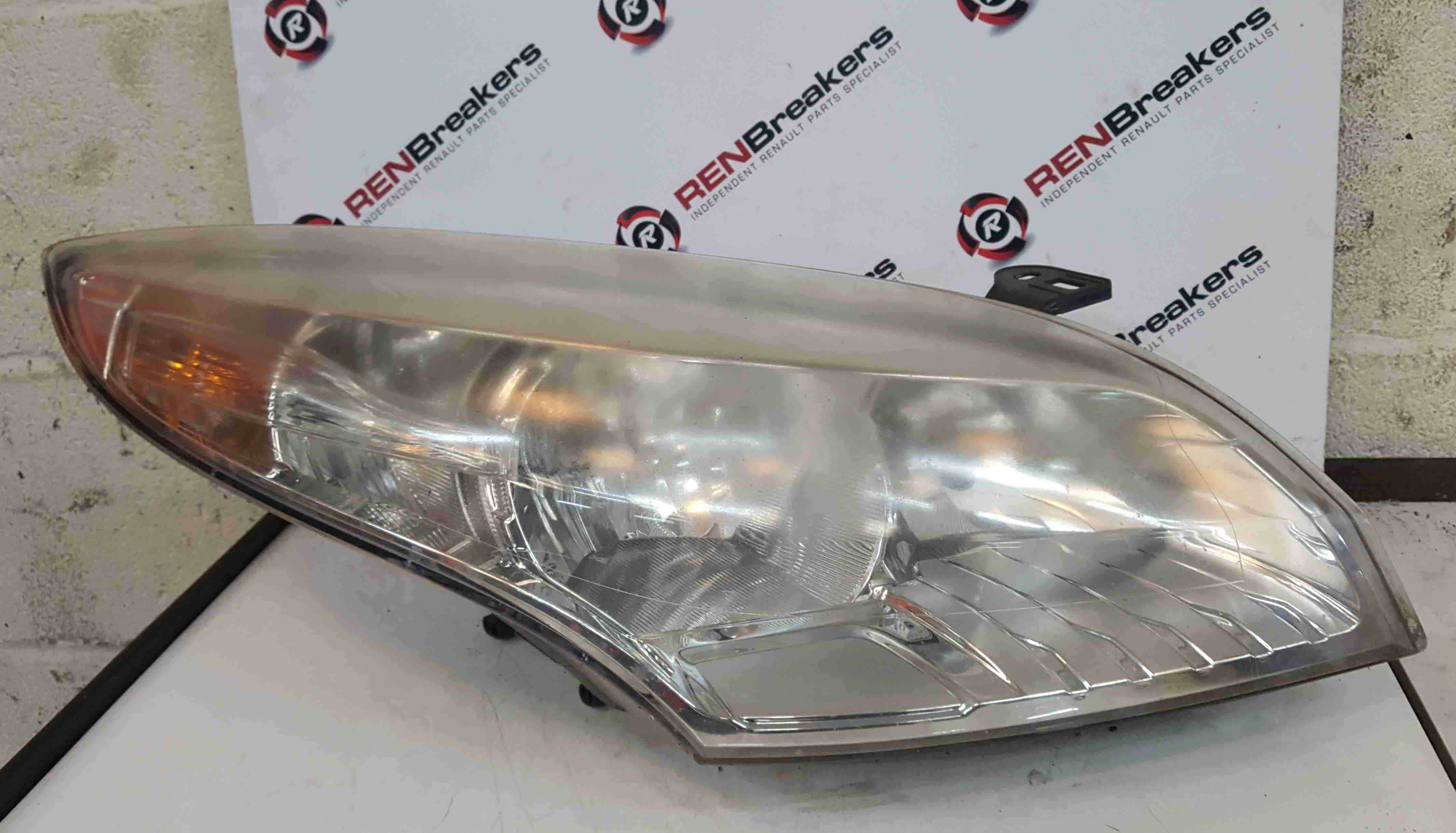 Renault Megane MK3 2008-2012 Drivers OSF Front Headlight Slightly cloudy