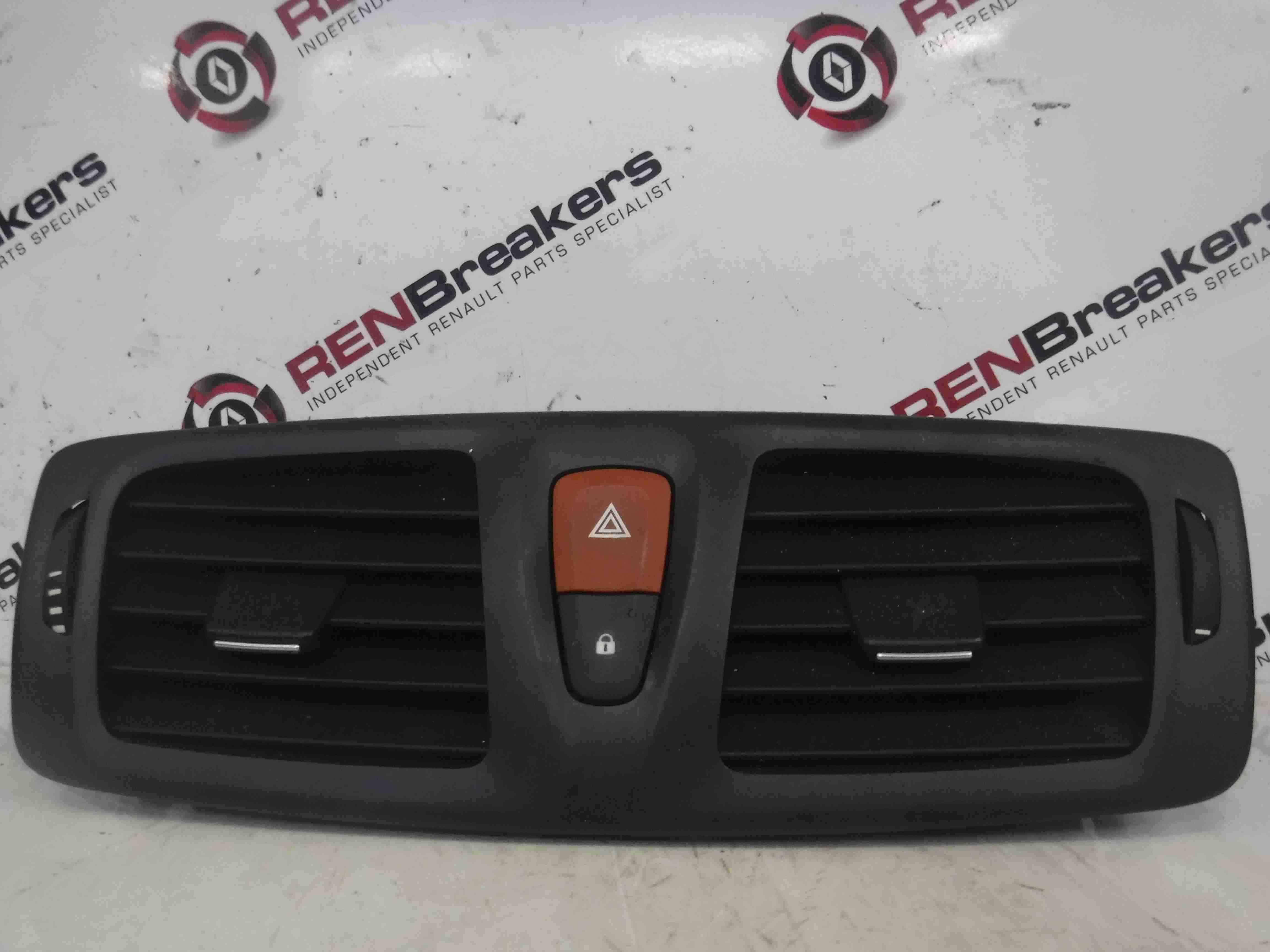 Renault Megane MK3 2008-2014 Centre Heater Vent Hazard Switch