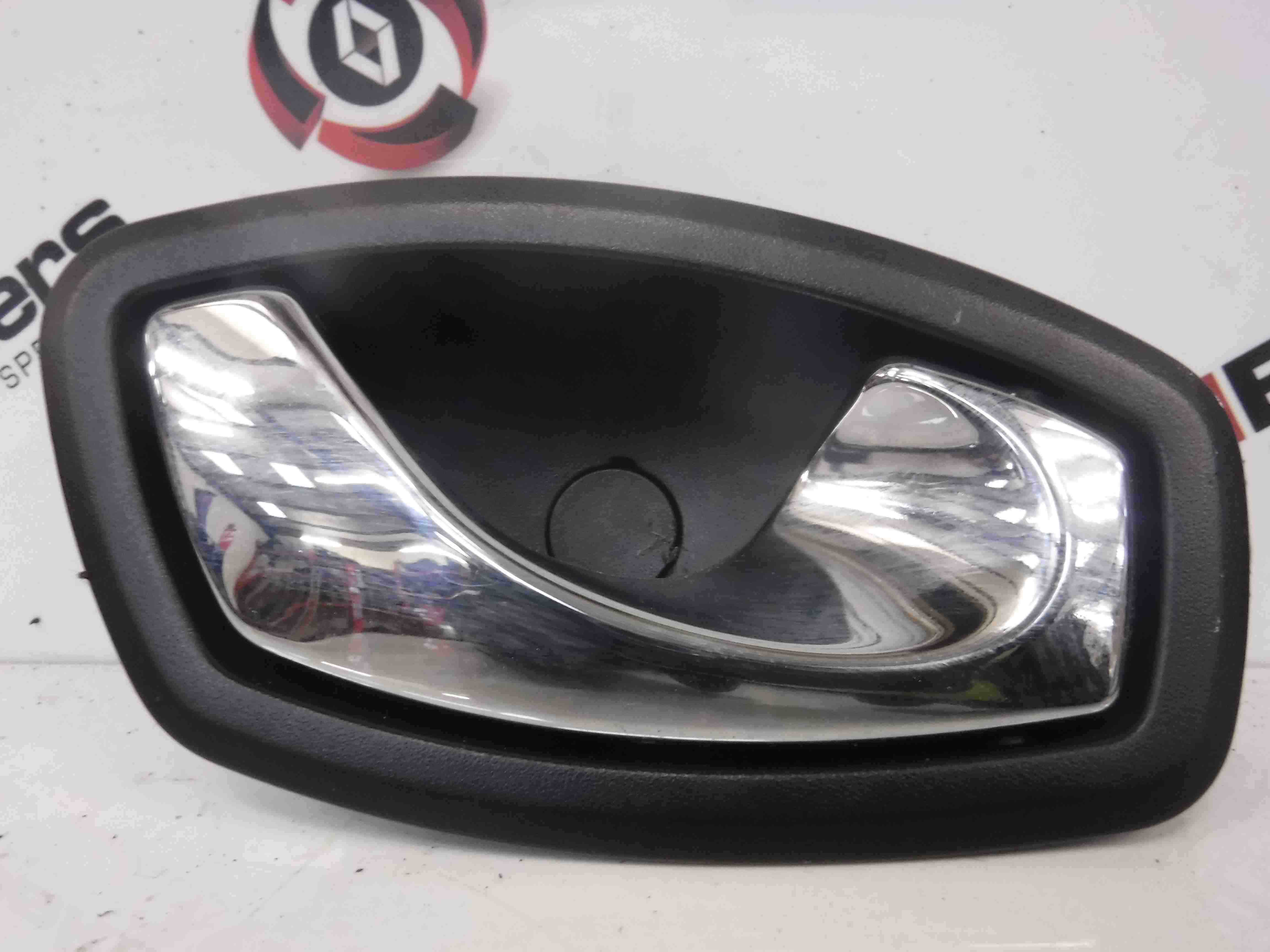 Renault Megane MK3 2008-2014 Drivers OSR Door Interior Handle Chrome 826720001r