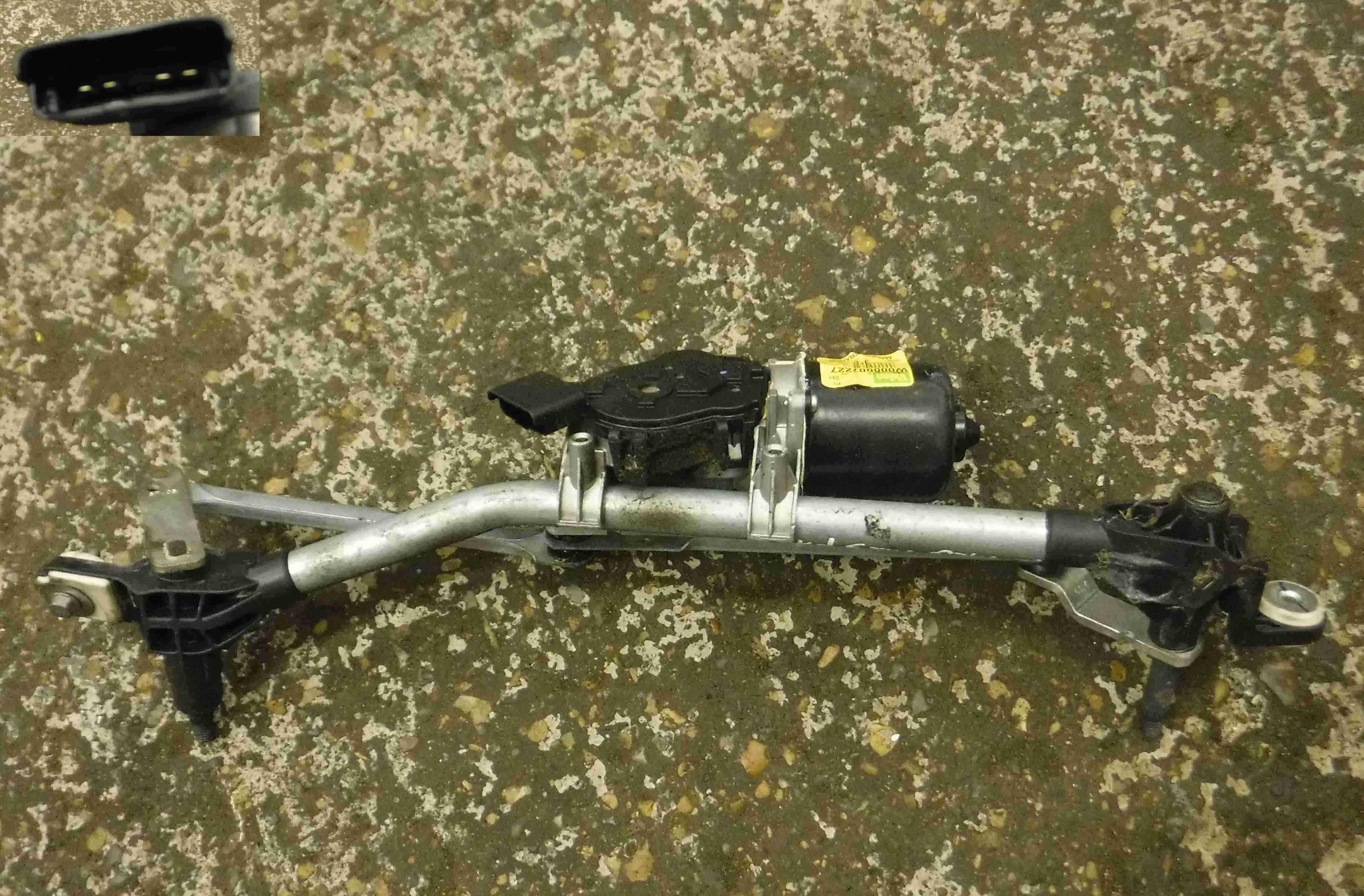 Renault Megane MK3 2008-2014 Windscreen Wiper Motor + Linkage 208000002R