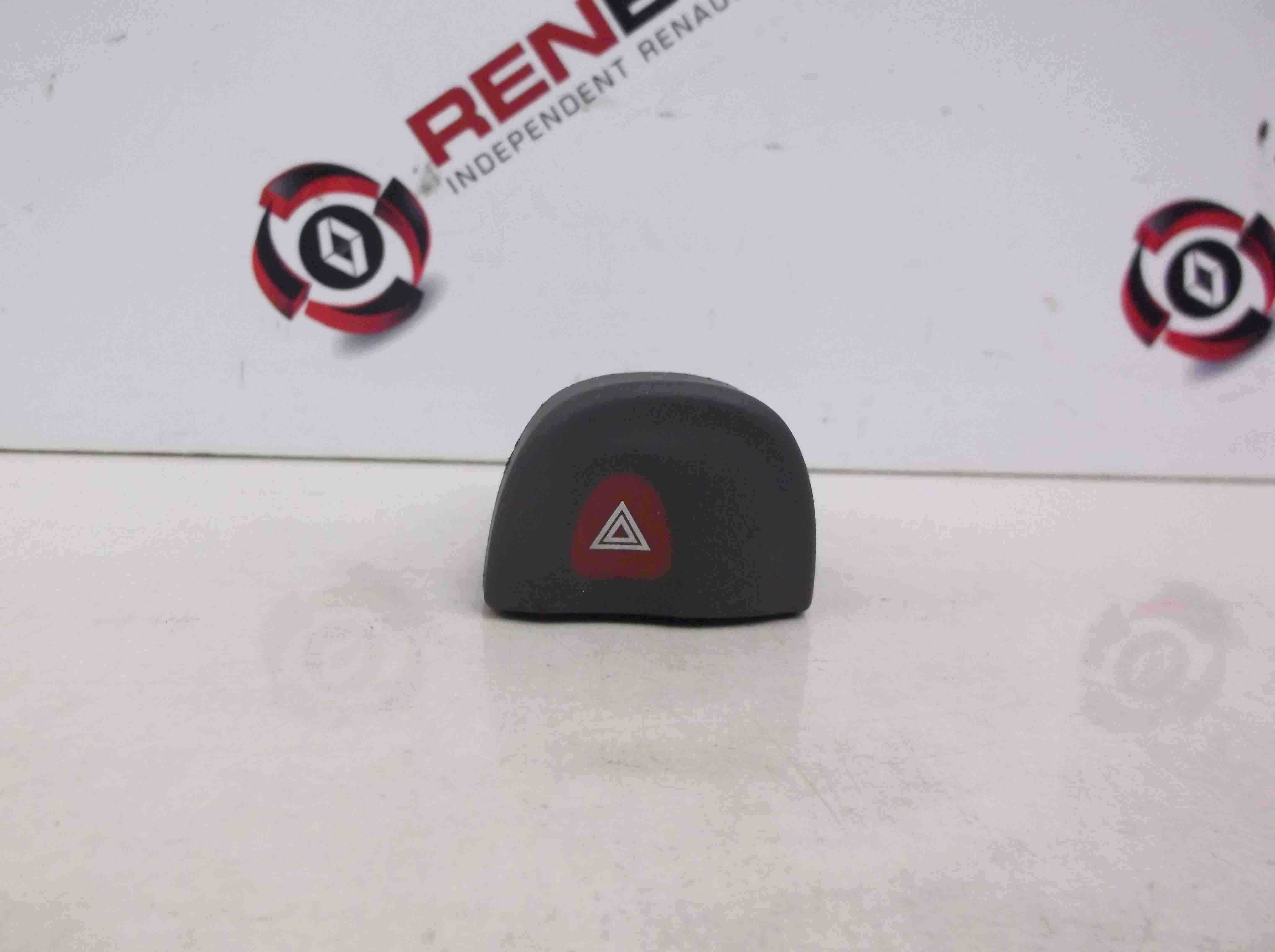 Renault Megane Scenic 1999-2003 Hazard Warning Switch
