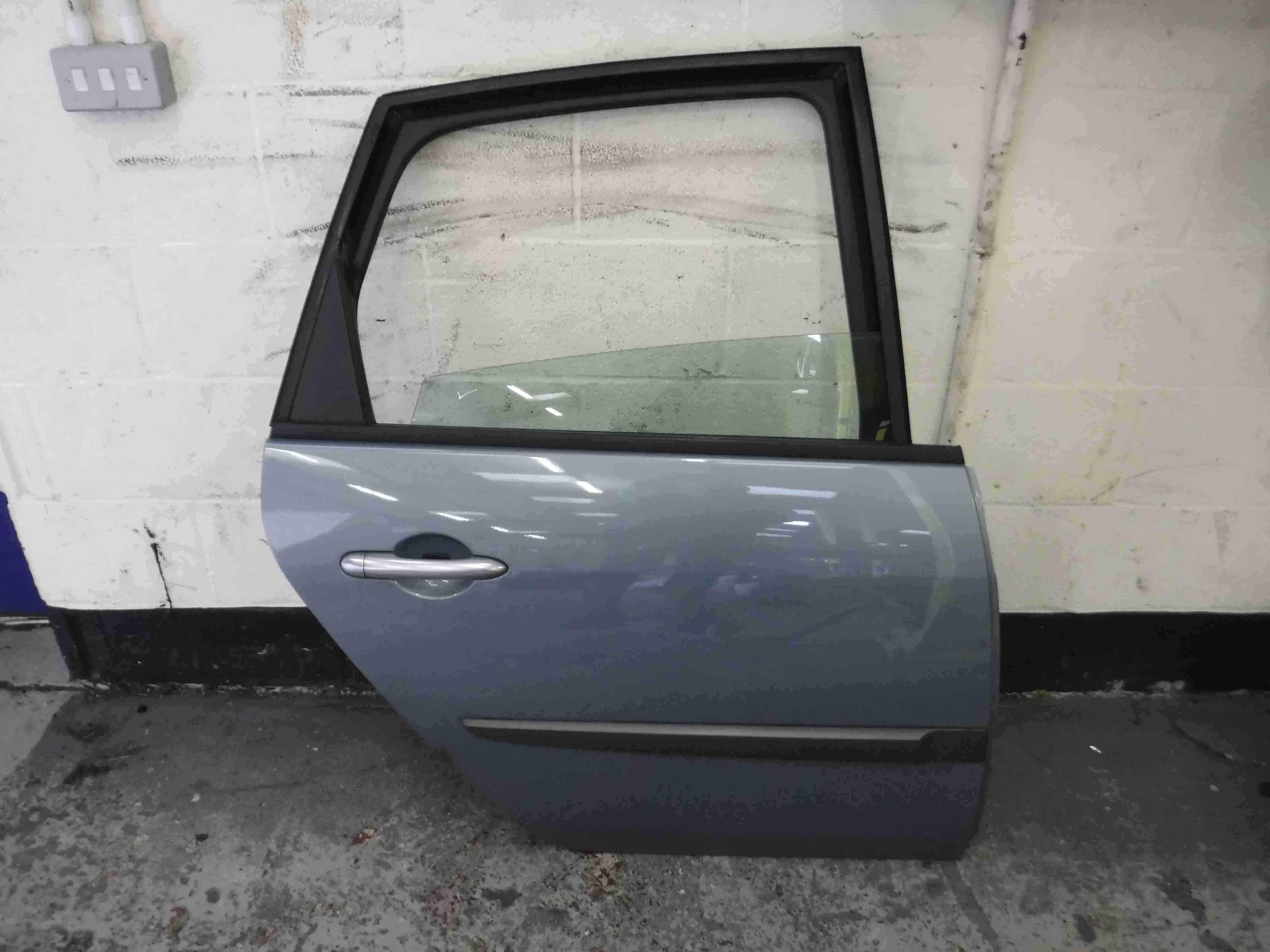 Renault Megane Scenic 2003-2009 Drivers OSR Rear Door Purple Silver TED47