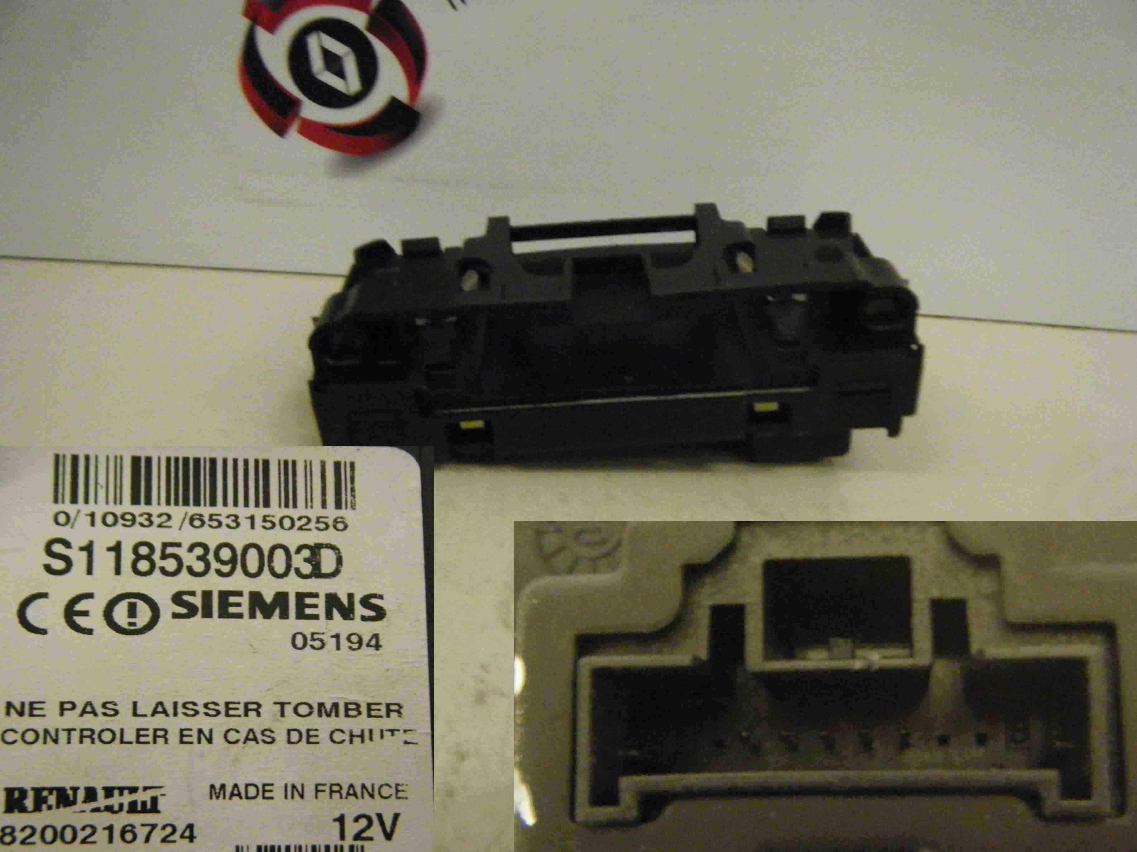 Renault Megane Scenic 2003-2009 Ignition Key Card Reader Transponder 8200216724