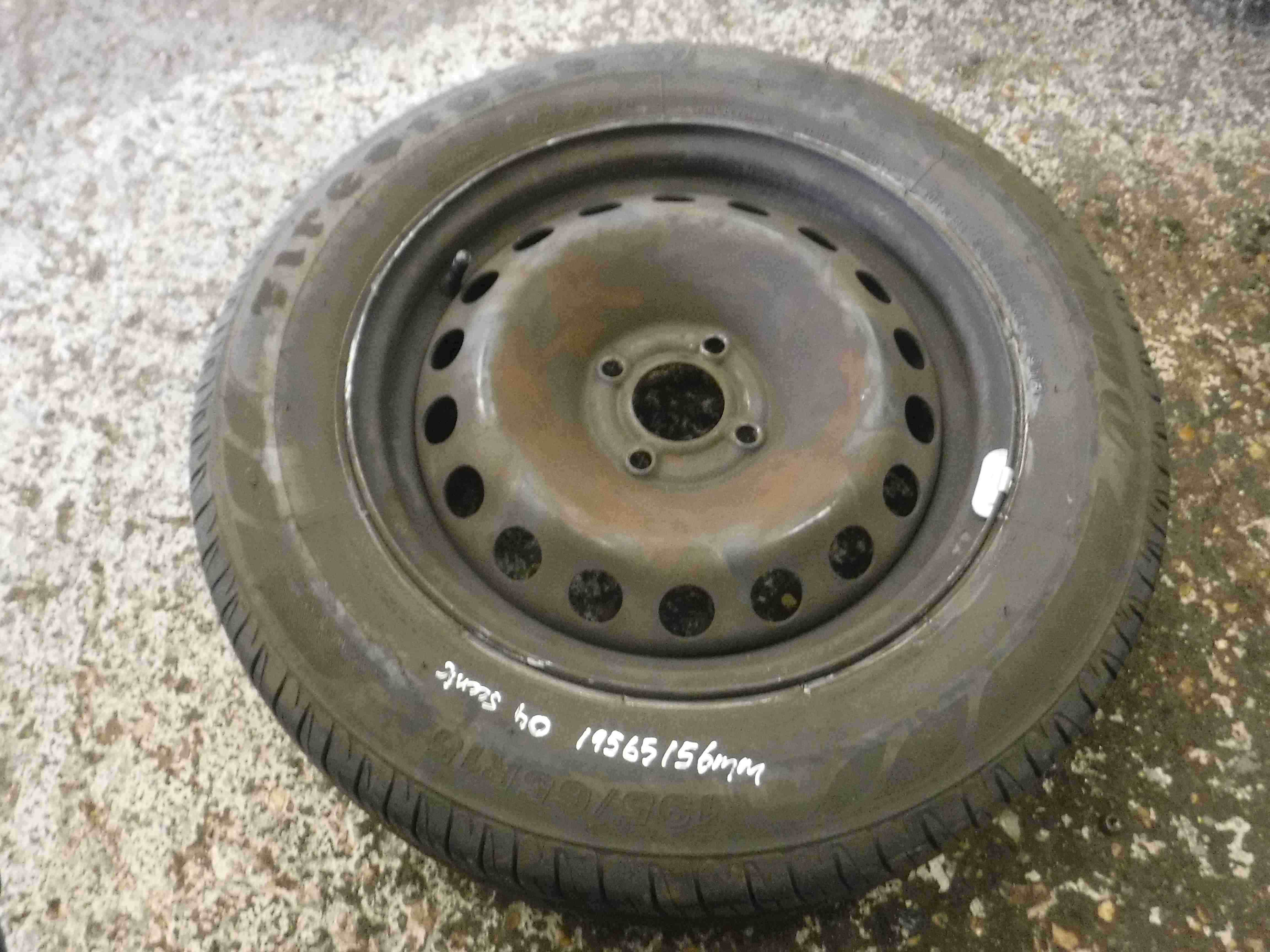 Renault Megane Scenic 2003-2009 Steel Wheel Rim + Tyre 195 65 15 6mm Tread