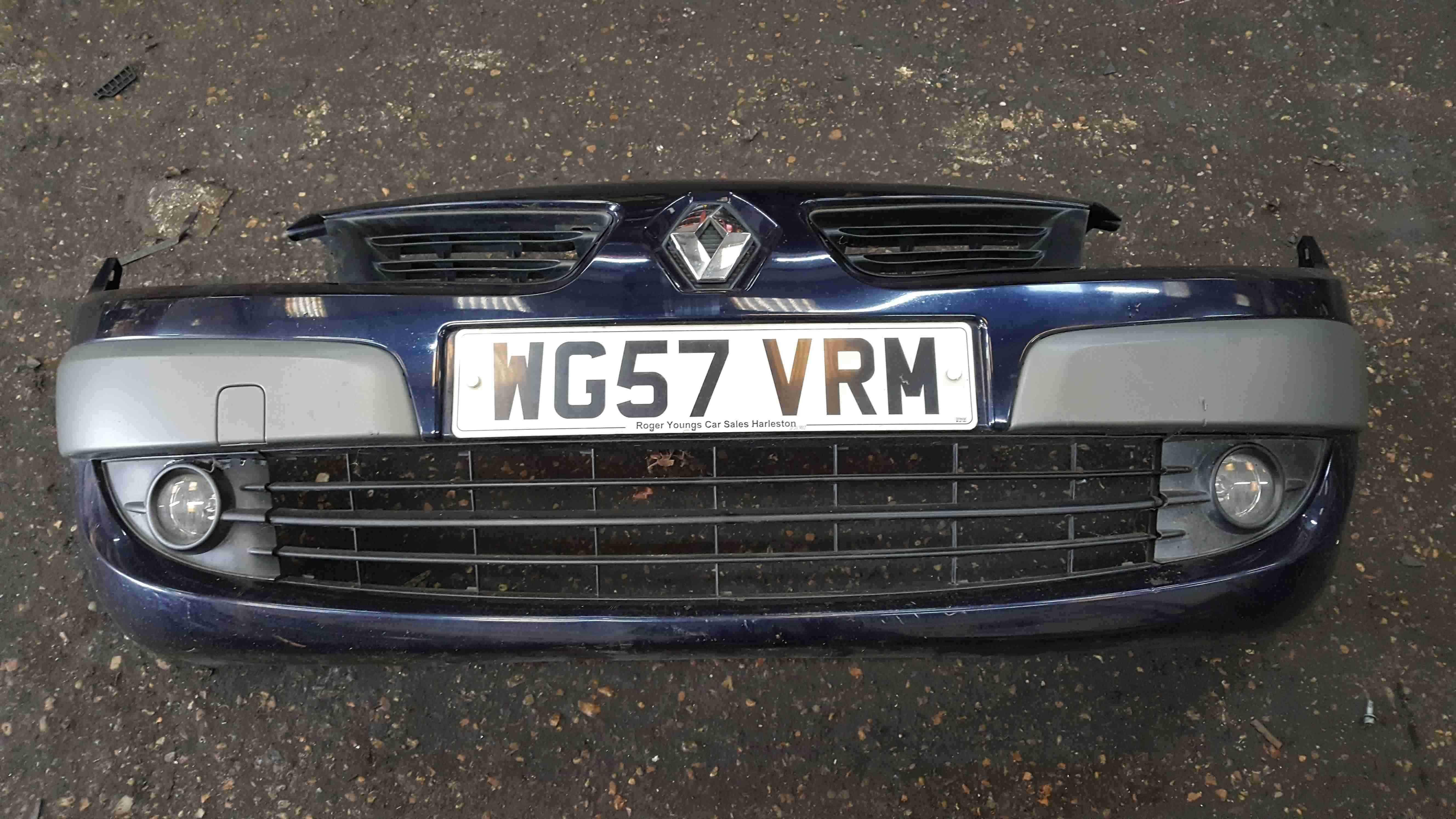 Renault Scenic MK2 2006-2009 Front Bumper Blue NV472 Facelift