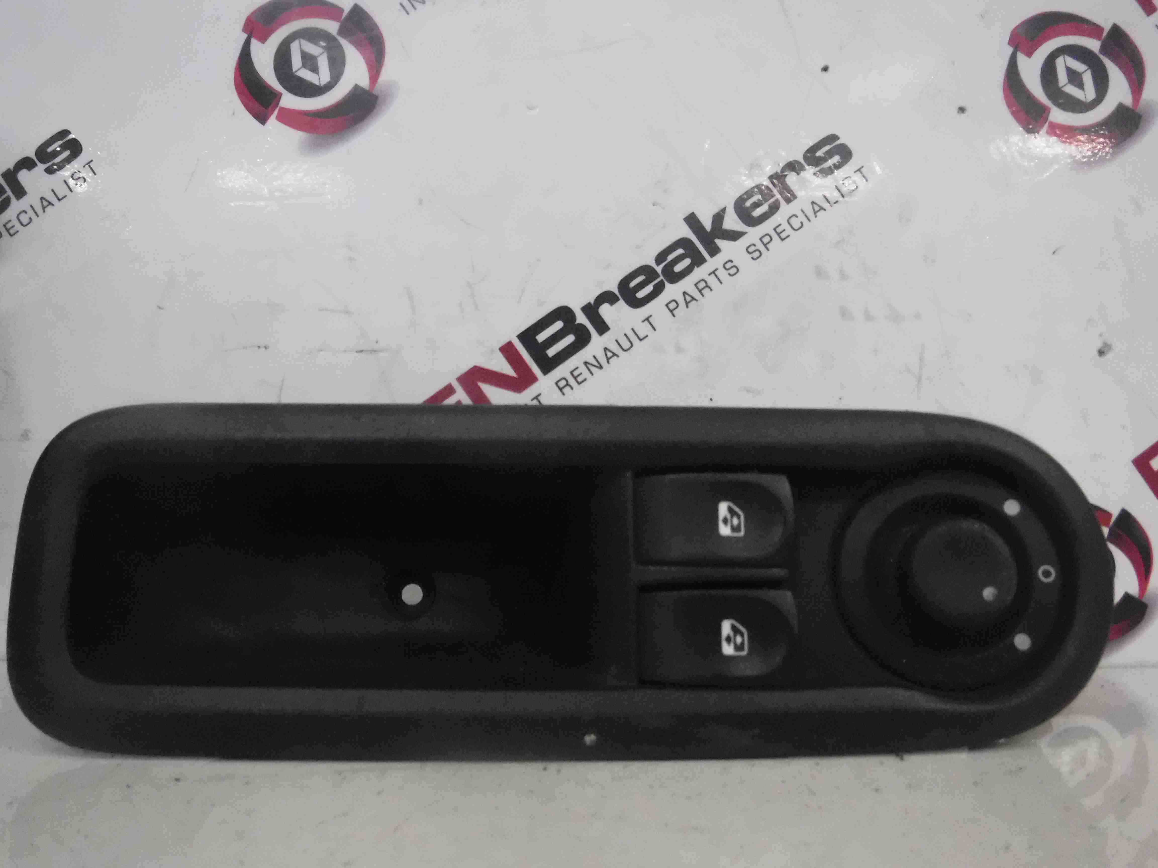 Renault Twingo 2007-2011 Drivers OSF Front Window Switches + Panel 8200356515