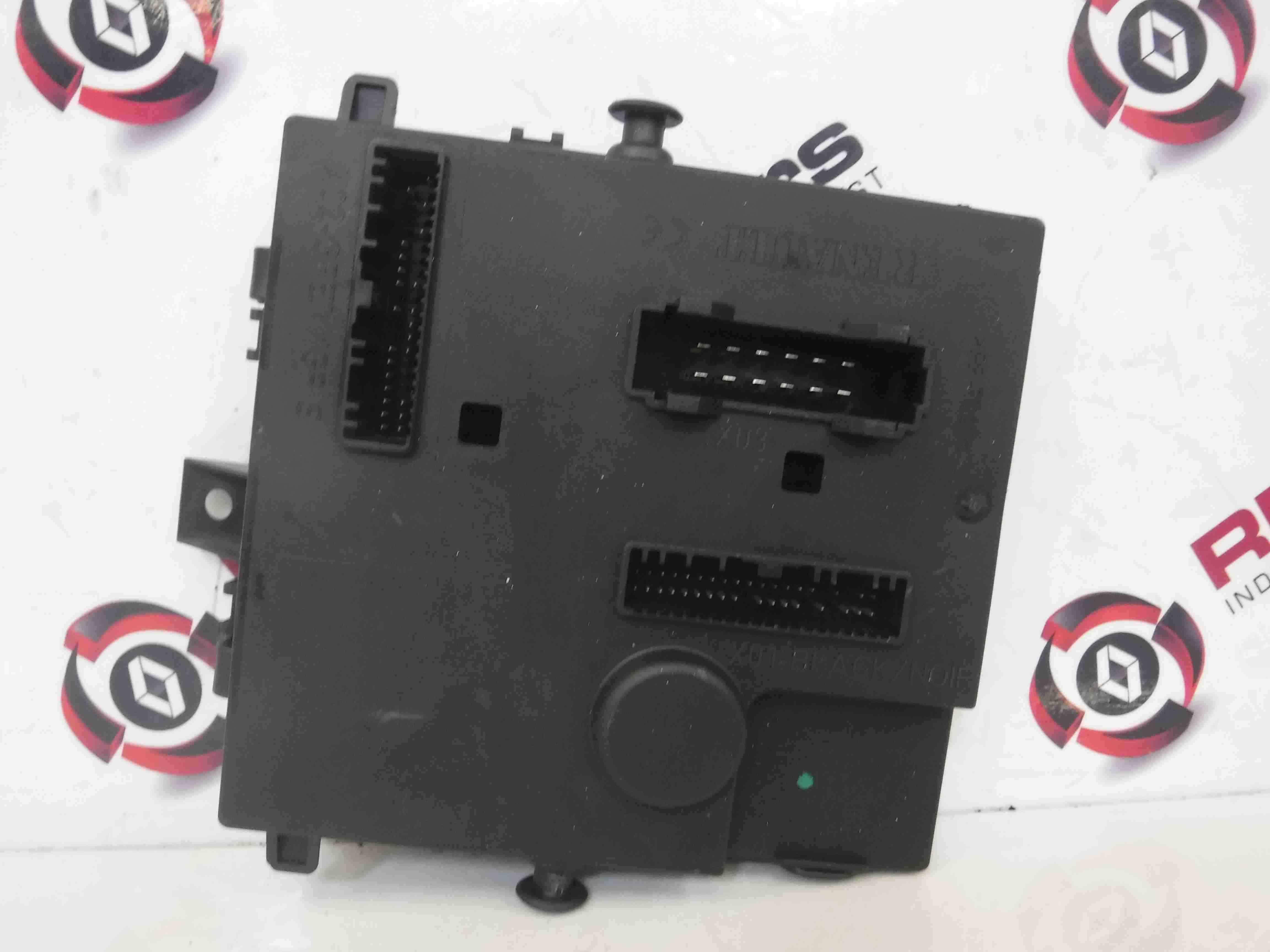 Renault Twingo 2007-2011 Fuse Box UCH BCM Control Unit 8200874483