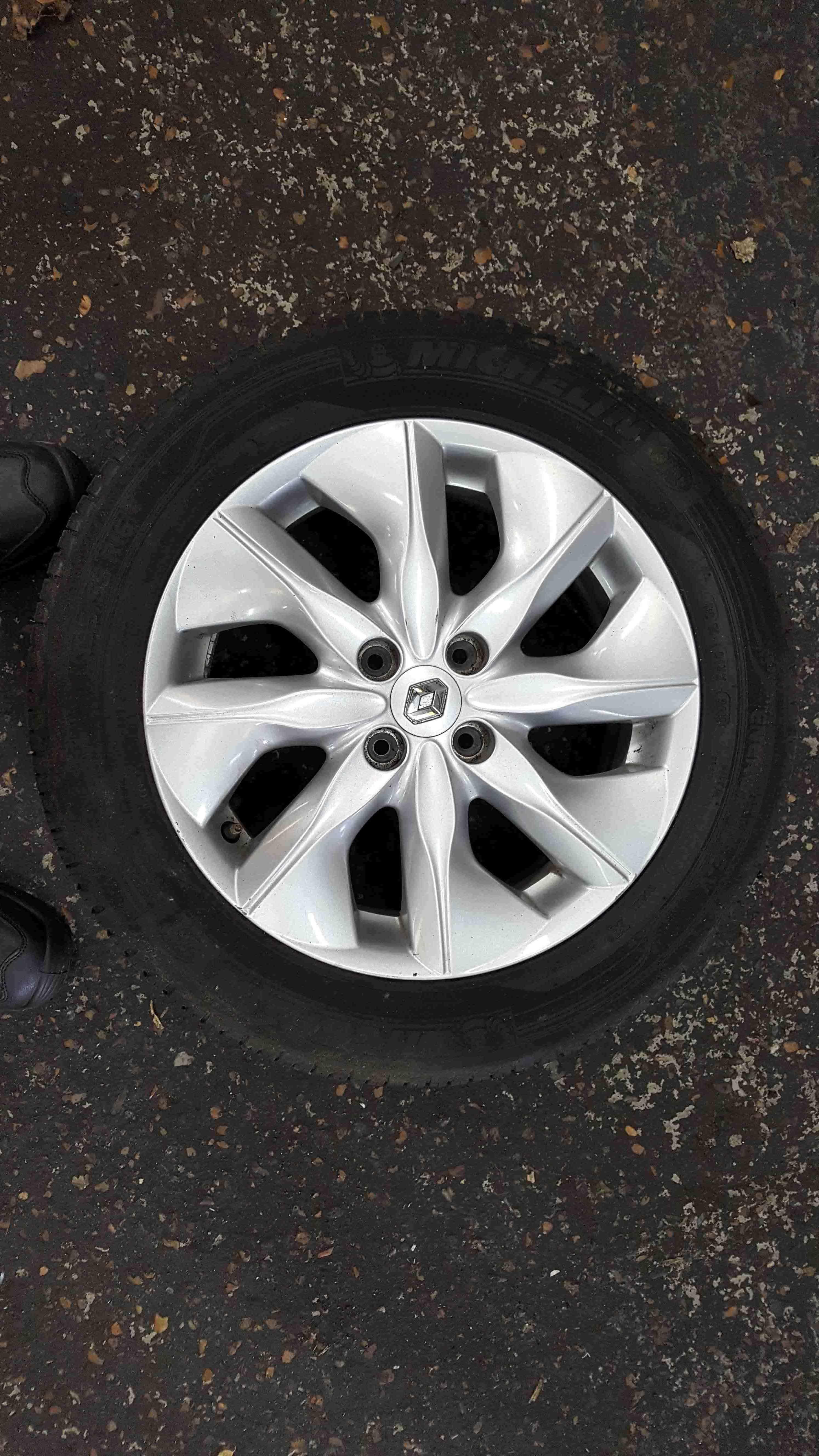 Renault Zoe 2012-2016 Aerotronic Alloy Wheel 16inch 16 4/5 403005079